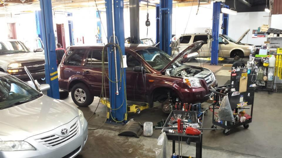 Buddy's Auto Repair  and  Alignment image 4
