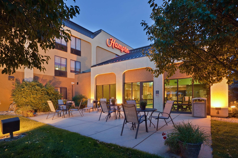 Hampton Inn Sioux Falls image 2