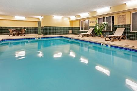 Country Inn & Suites by Radisson, Augusta at I-20, GA image 3
