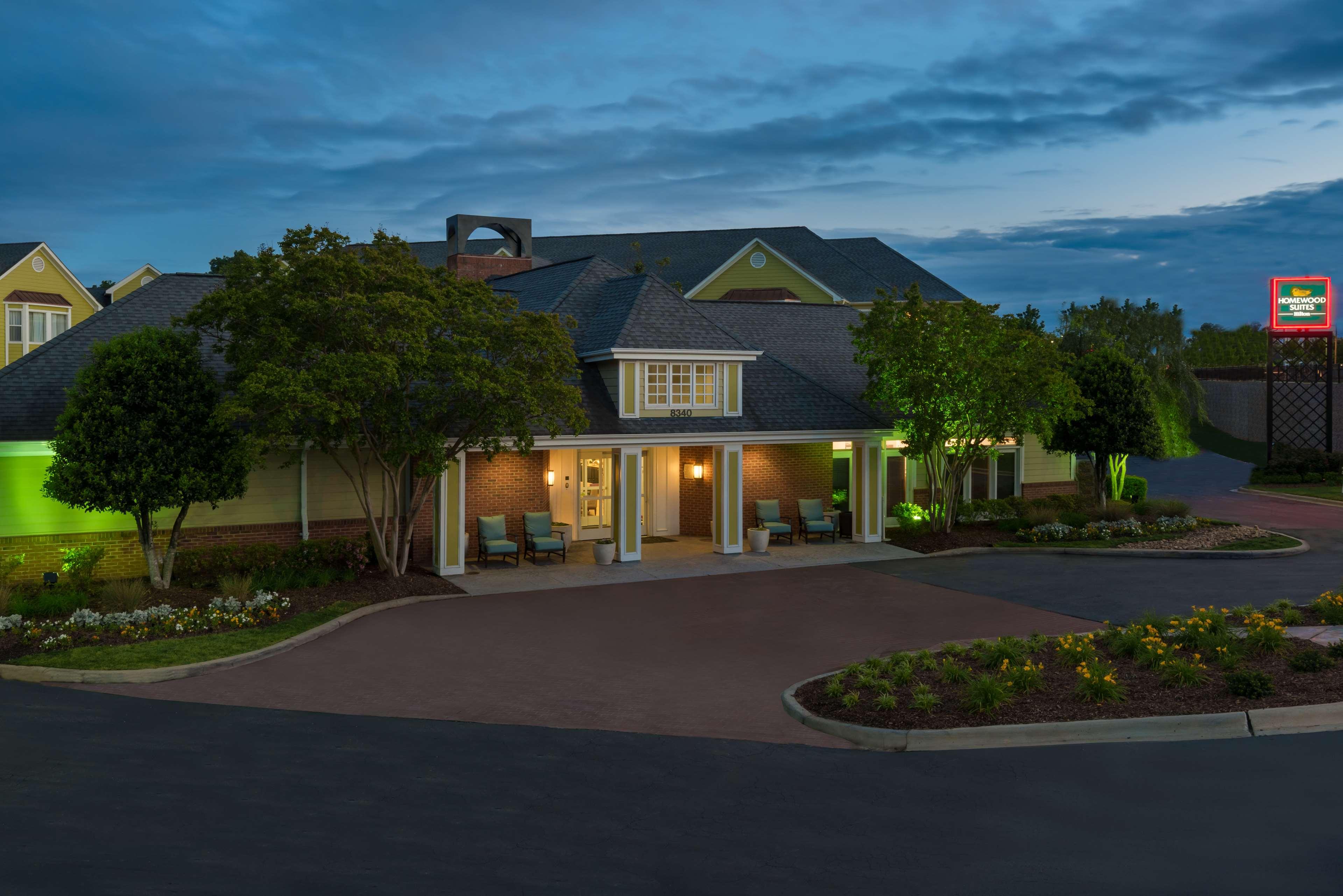 Homewood Suites by Hilton Charlotte-North/Univ Research Park image 0