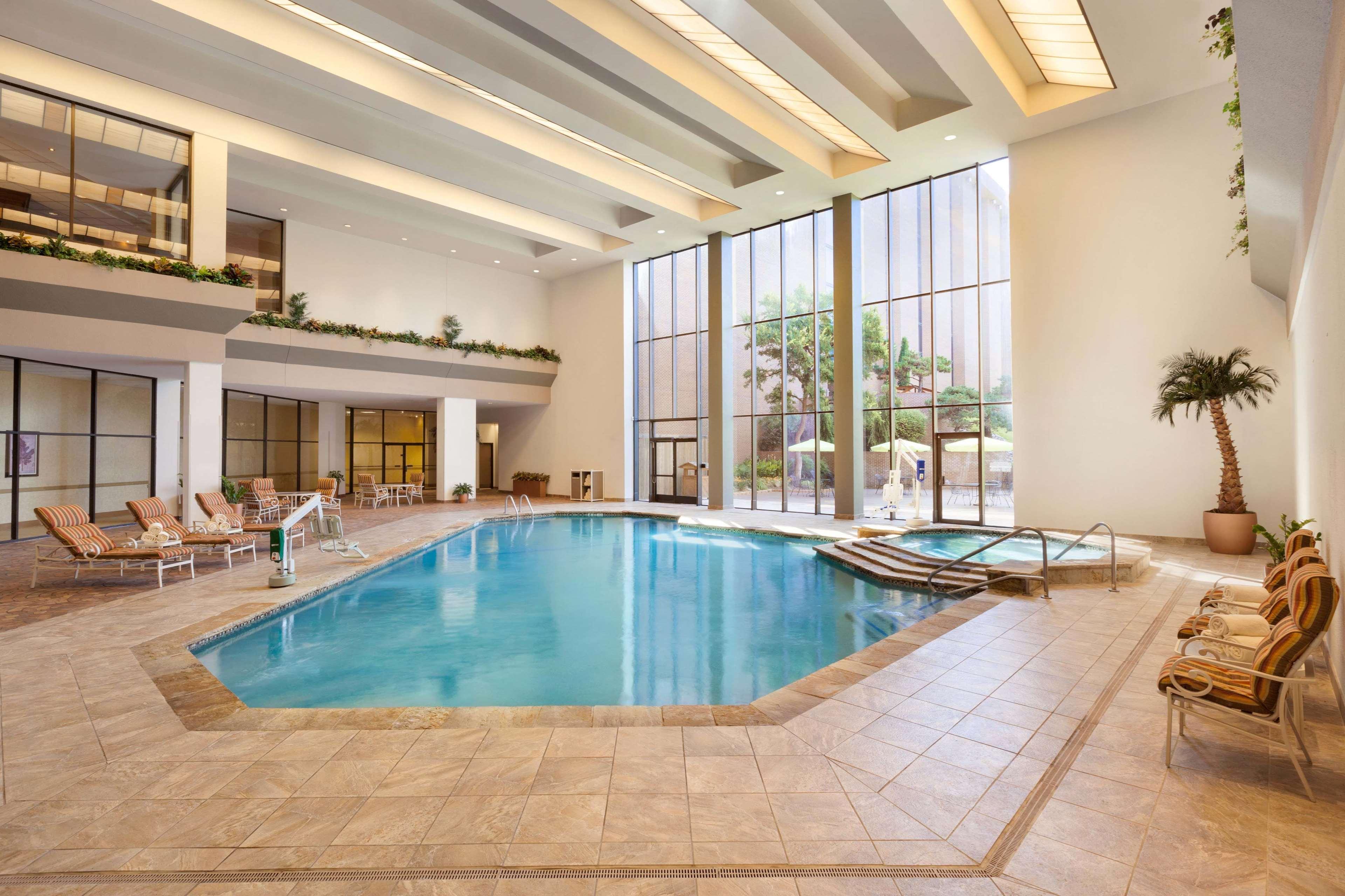 Hilton DFW Lakes Executive Conference Center image 8
