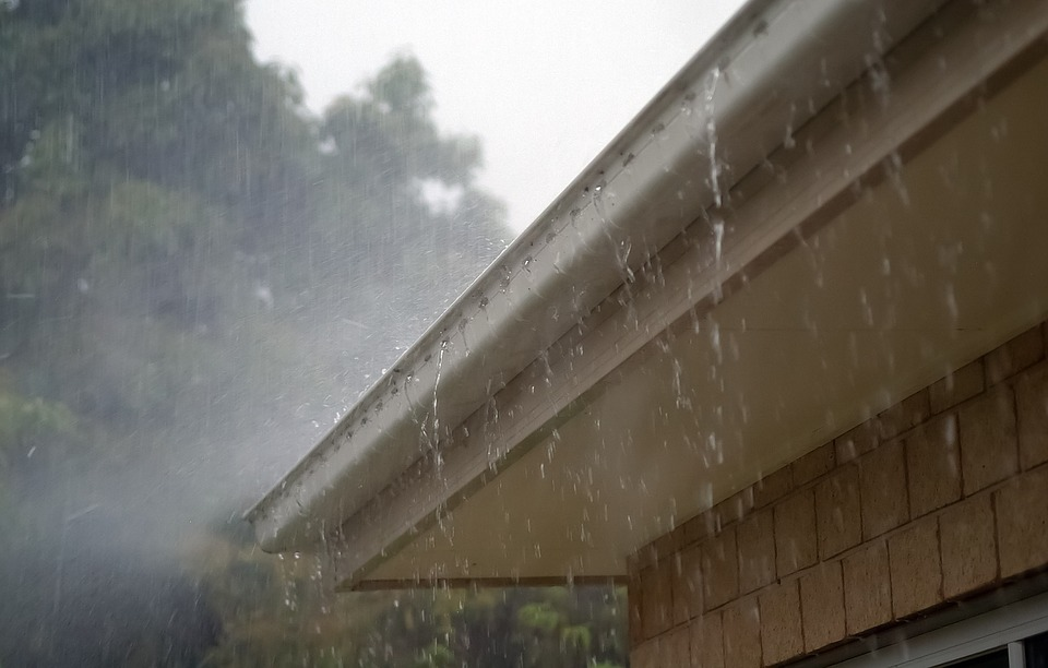 SNJ Seamless Rain Gutters image 0