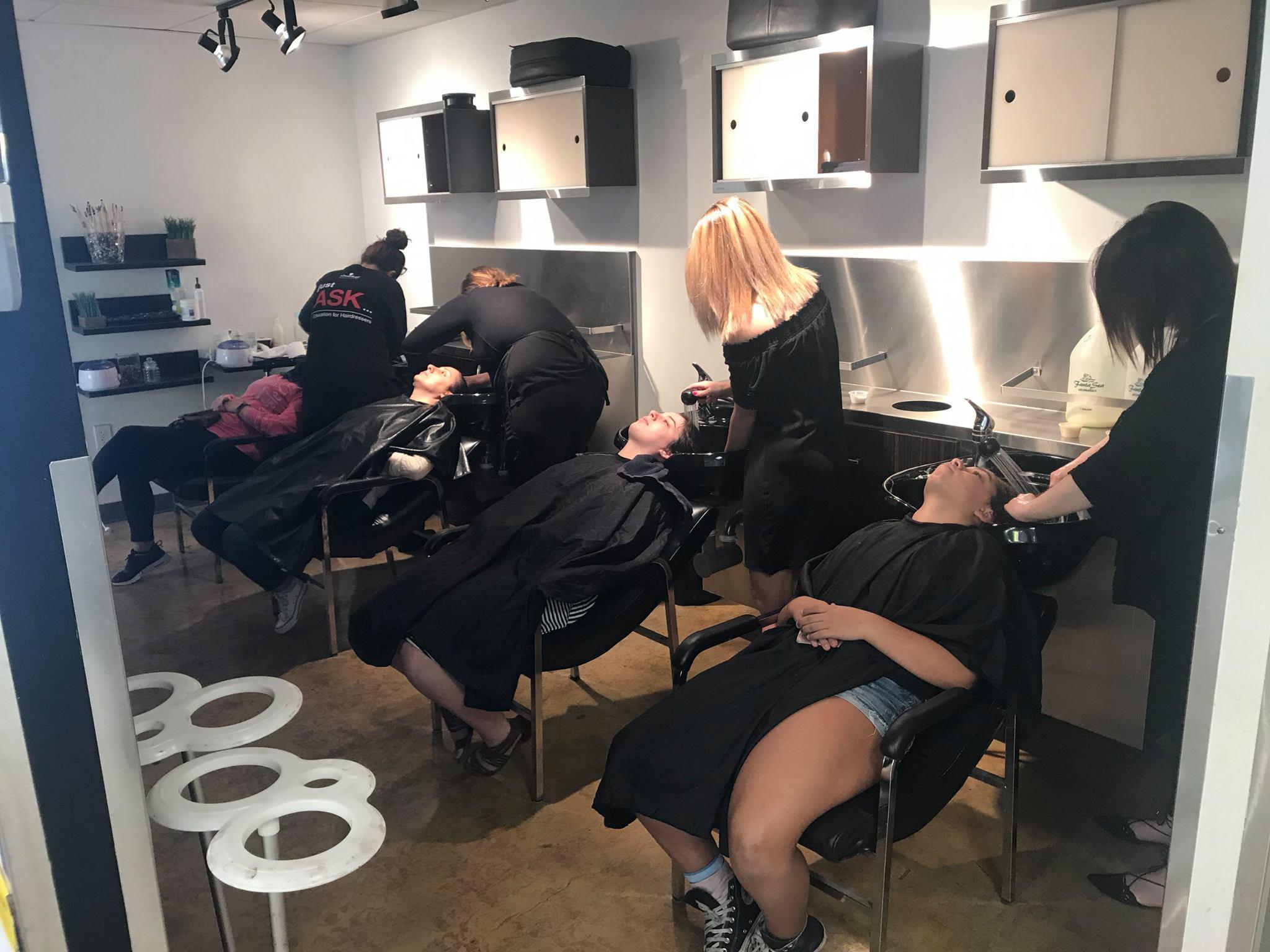 The Beauty Institute - Schwarzkopf Professional image 4