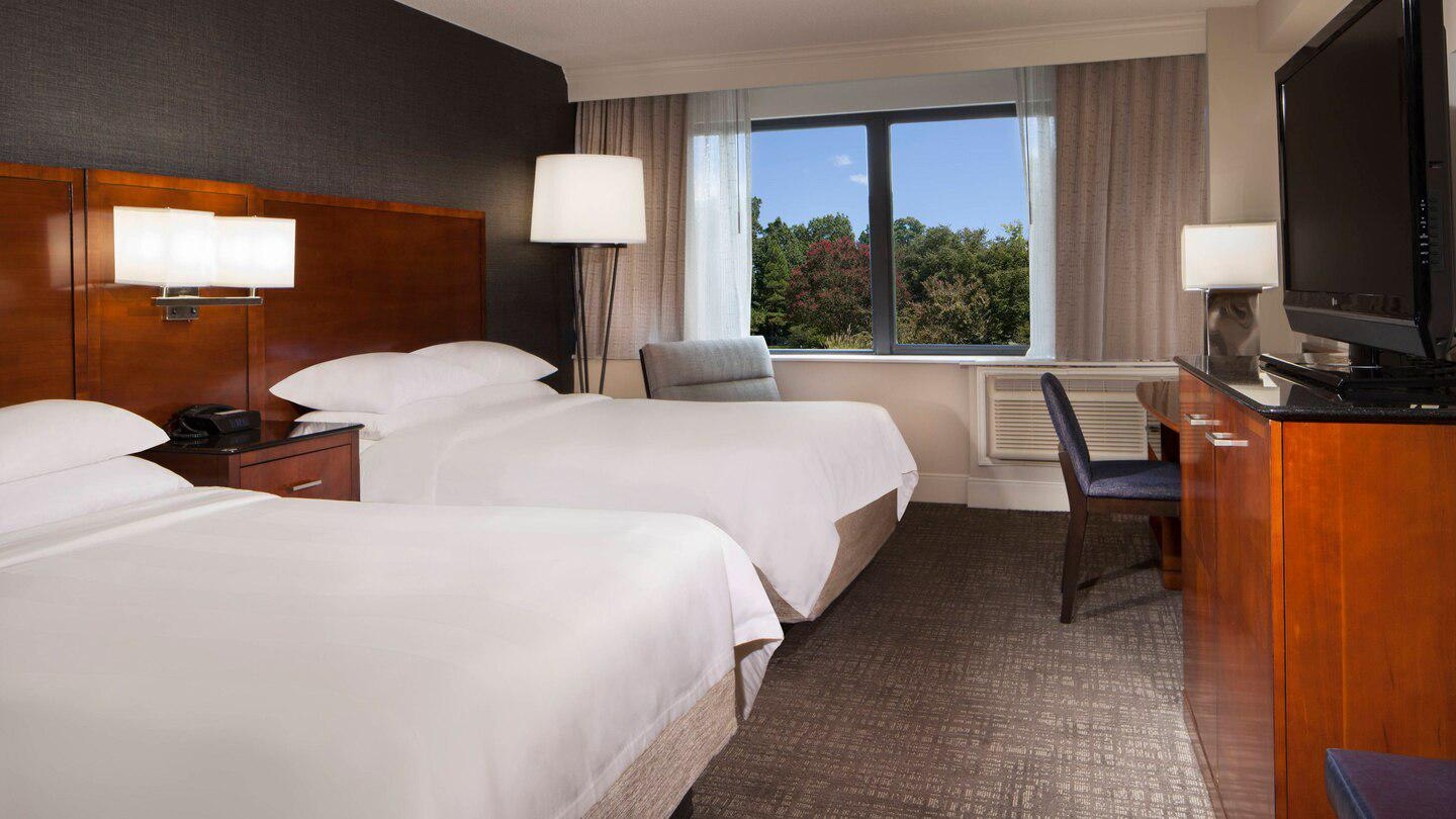 Marriott at Research Triangle Park image 6
