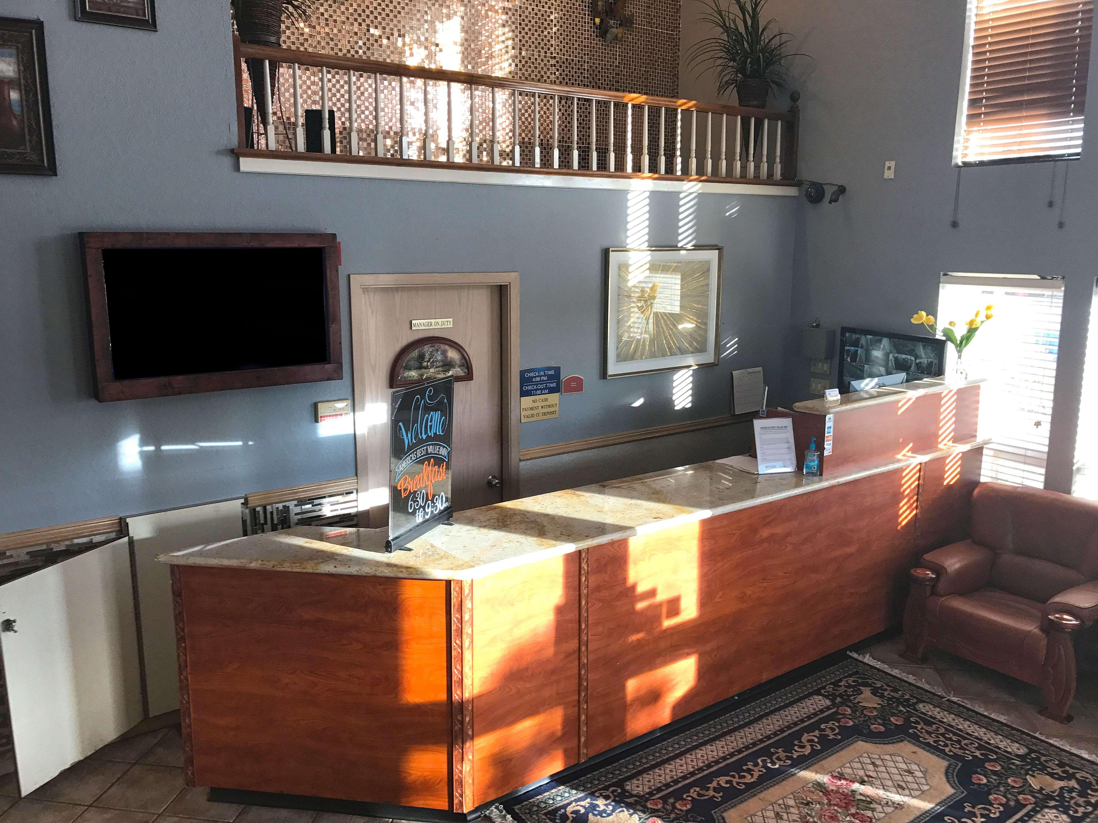 americas best value inn lynnwood seattle at 4117