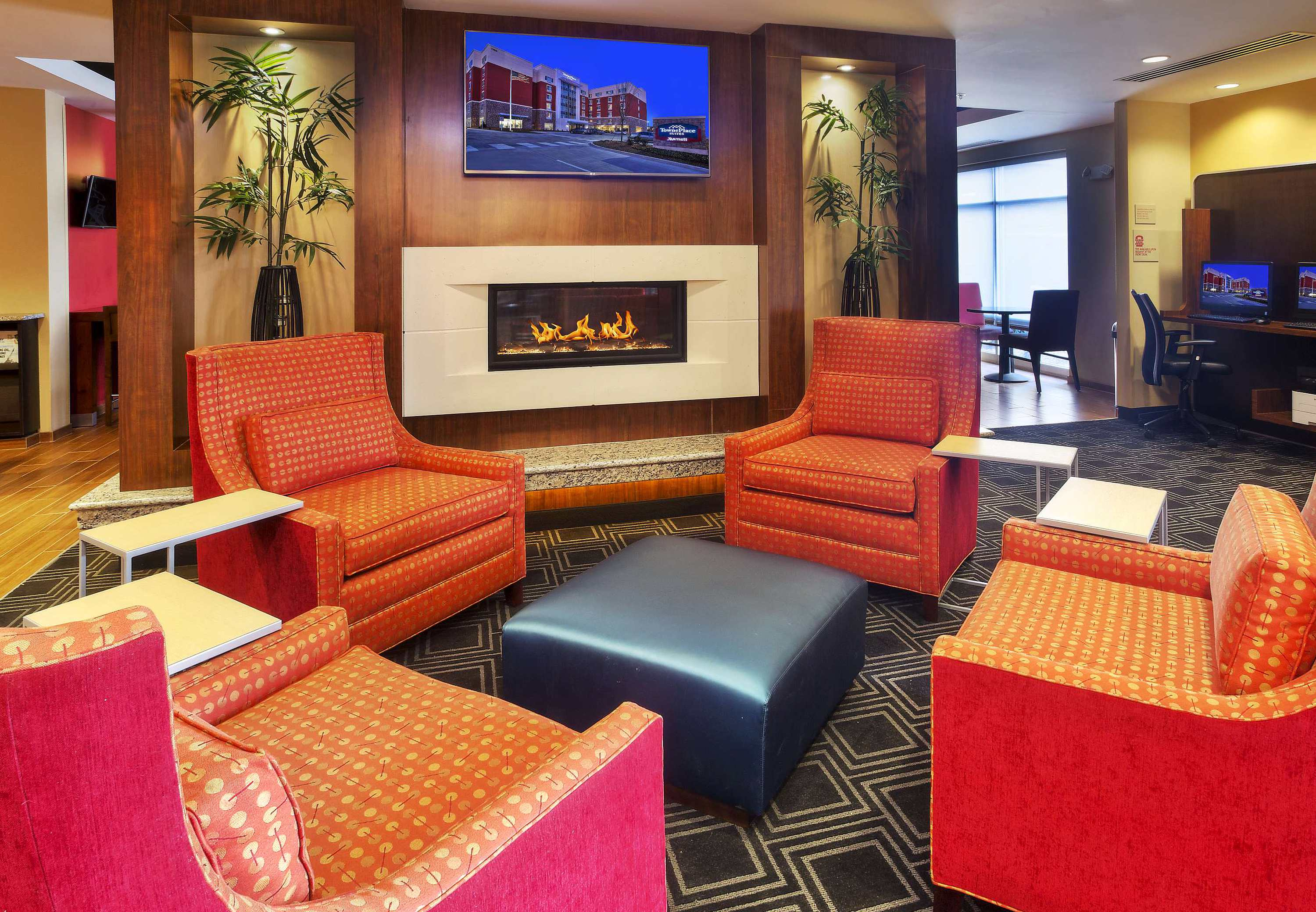 TownePlace Suites by Marriott Franklin Cool Springs image 1