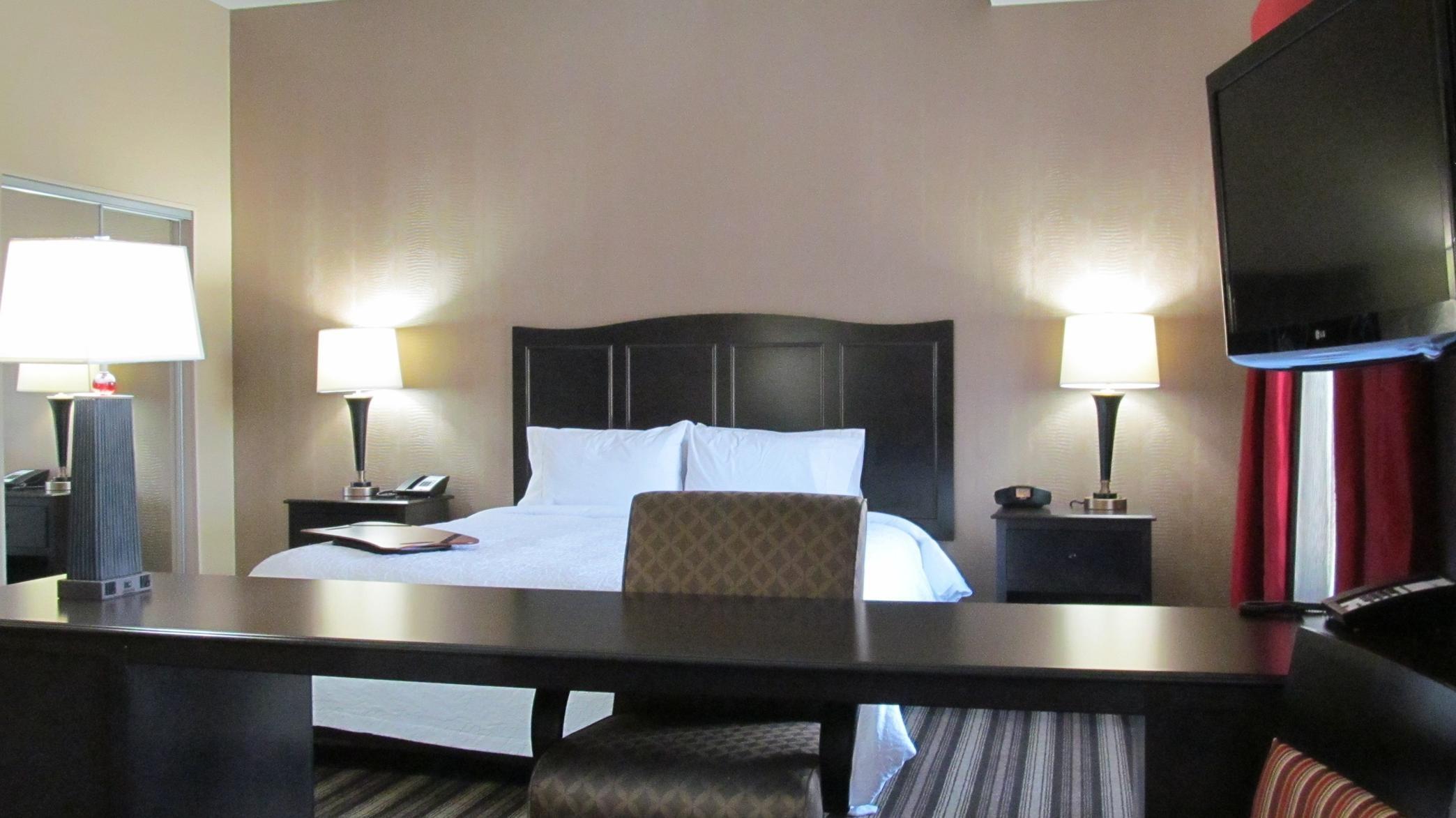 Hampton Inn & Suites Hope image 18