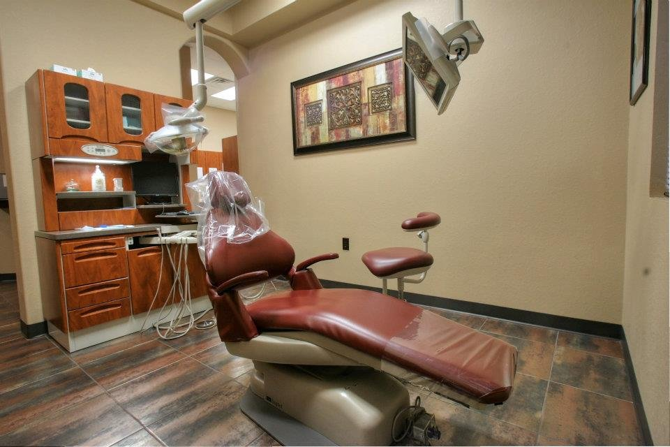 Accent Dental Group image 1