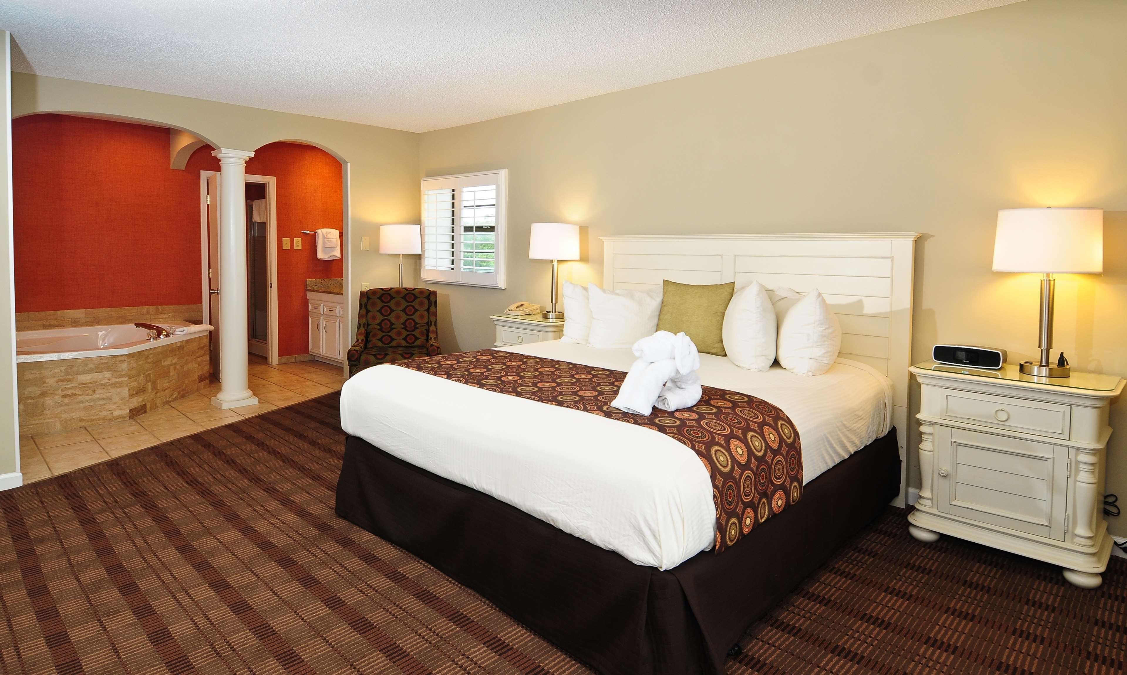 Best Western Plus Grand Strand Inn & Suites image 17