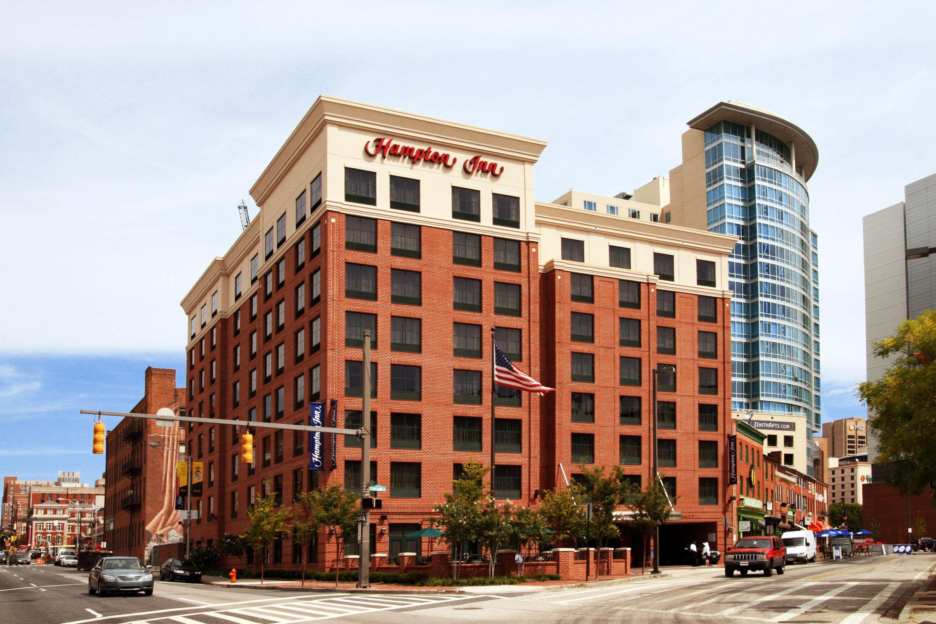 Hampton Inn Baltimore-Downtown-Convention Center image 3