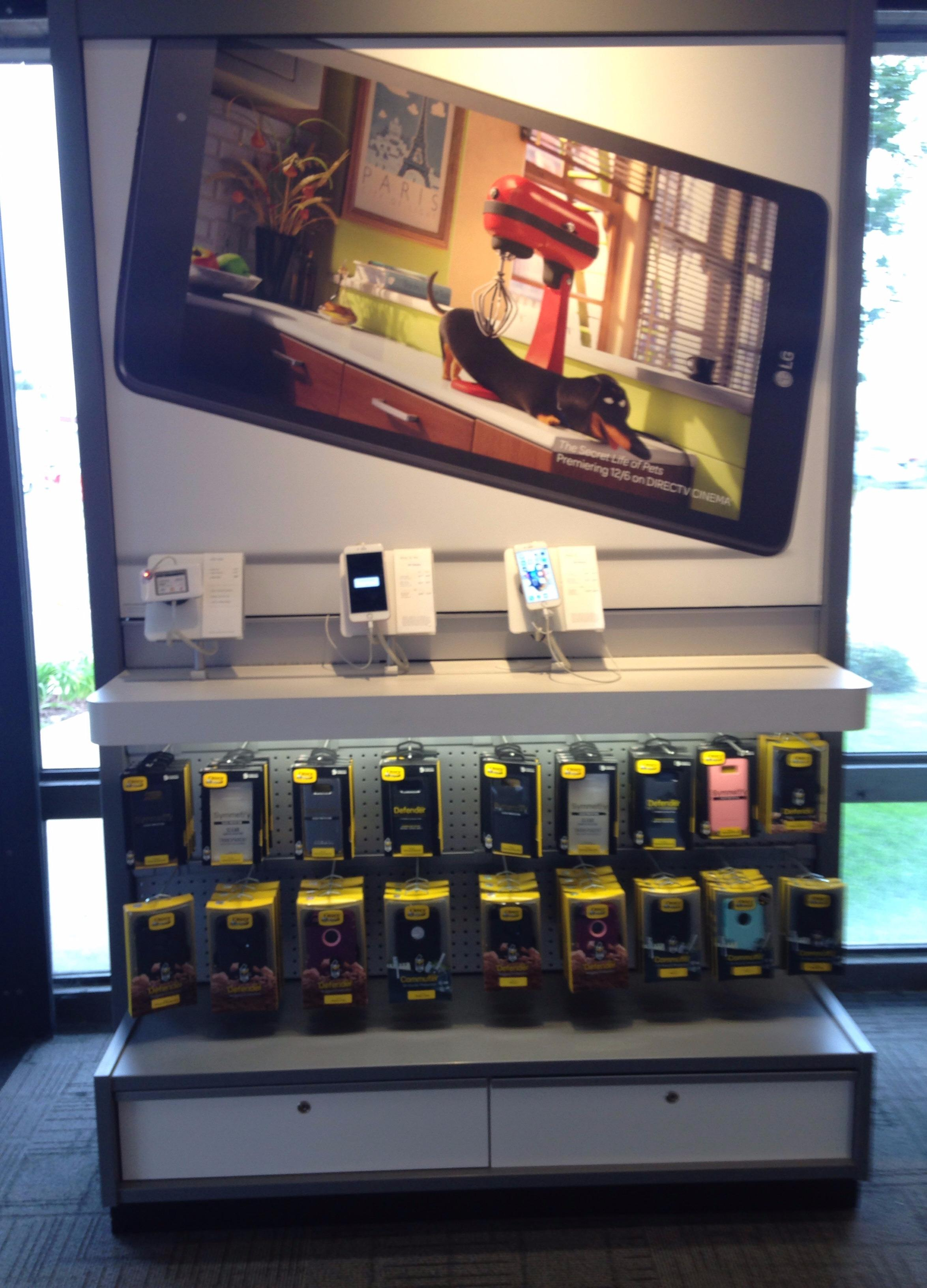 AT&T Store image 9