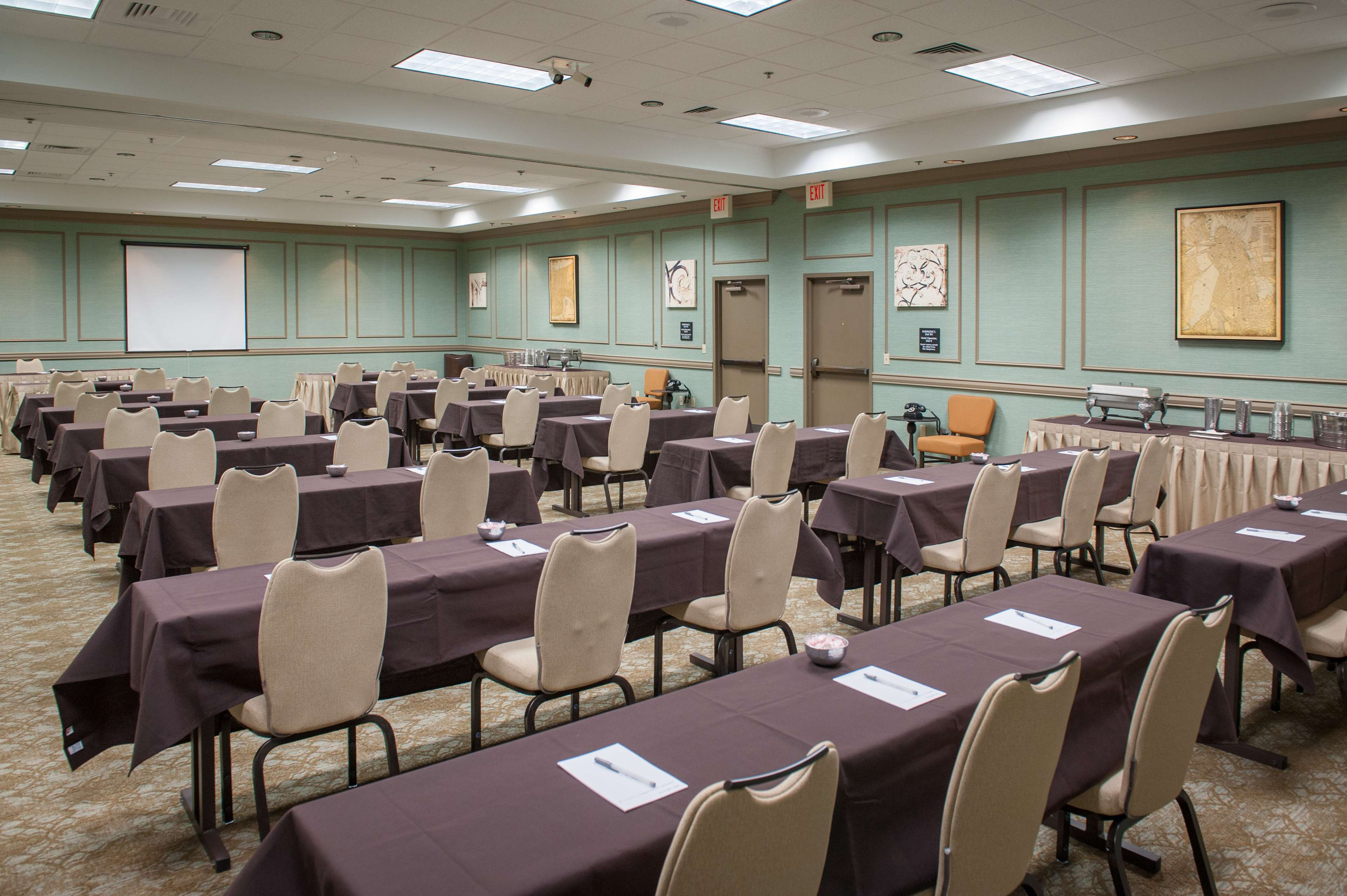Hampton Inn & Suites New Orleans-Elmwood/Clearview Parkway Area image 36