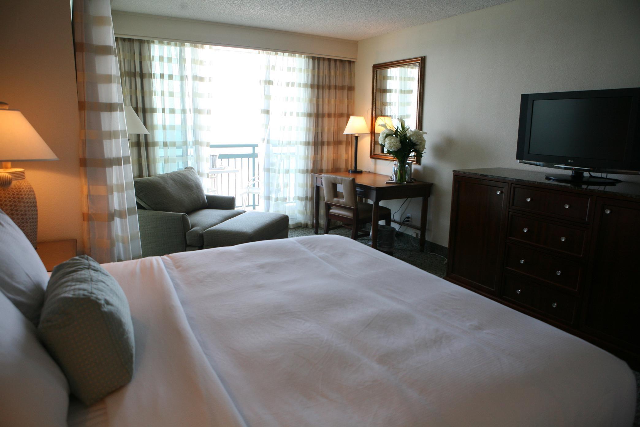 Hilton Singer Island Oceanfront/Palm Beaches Resort image 10
