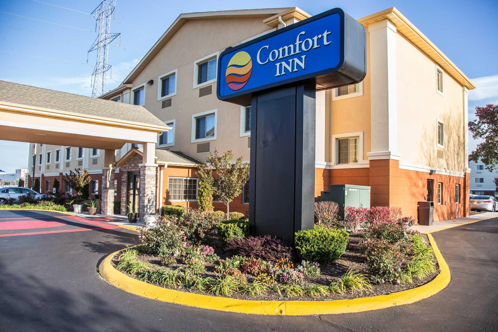 Comfort Inn North image 15