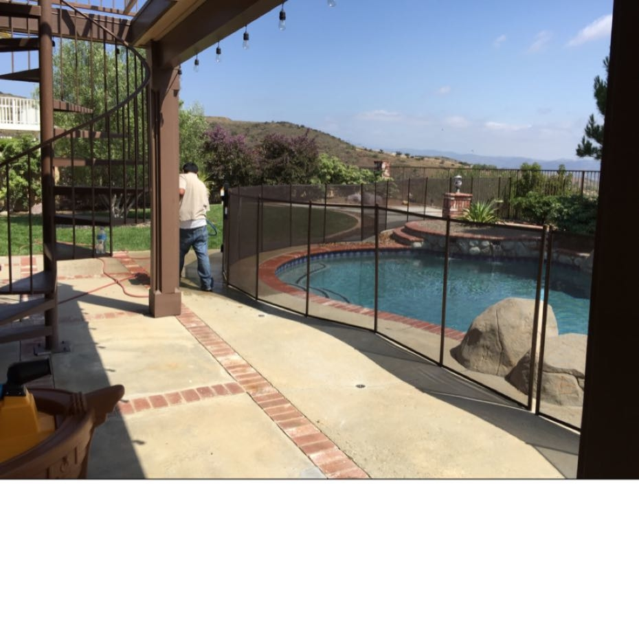 Nathans Pool Fence image 10