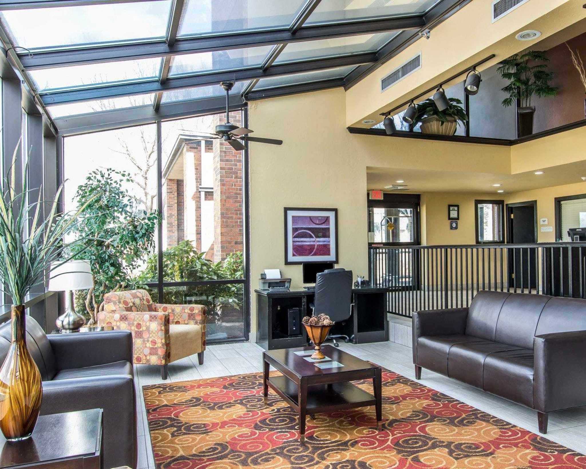 Quality Inn & Suites Fairgrounds West image 18