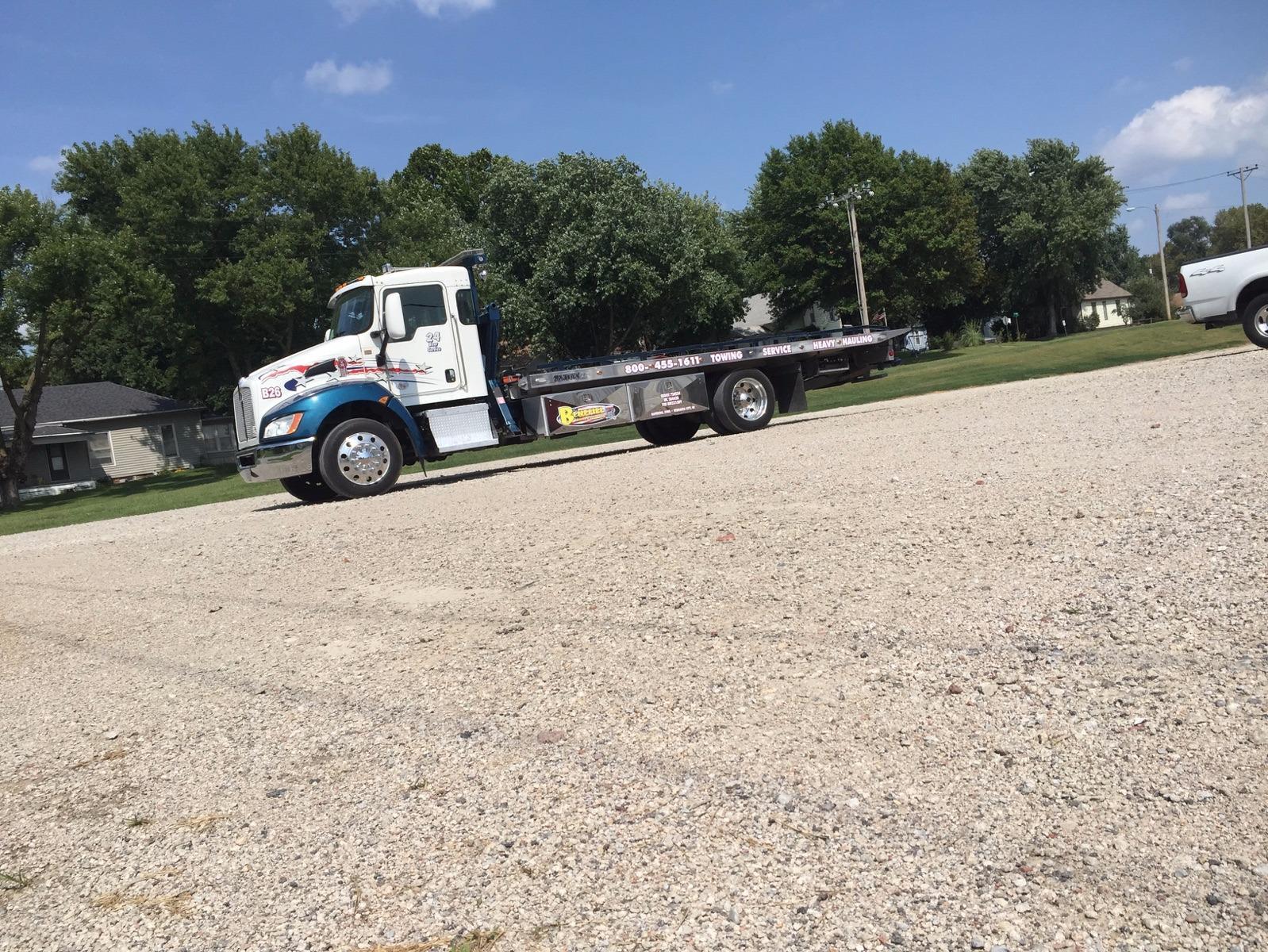 Benefiel Truck Repair & Towing image 12