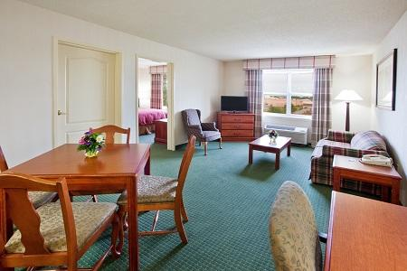 Country Inn & Suites by Radisson, Warner Robins, GA image 3