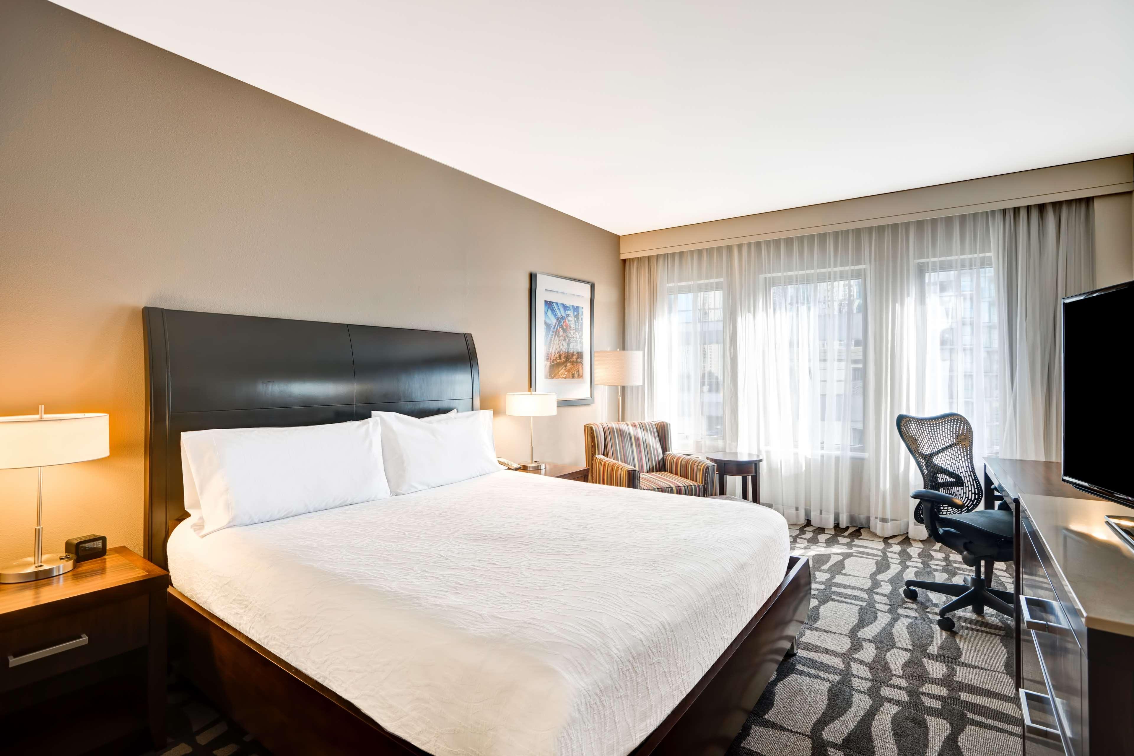 Hilton Garden Inn Chicago Downtown/Magnificent Mile image 32