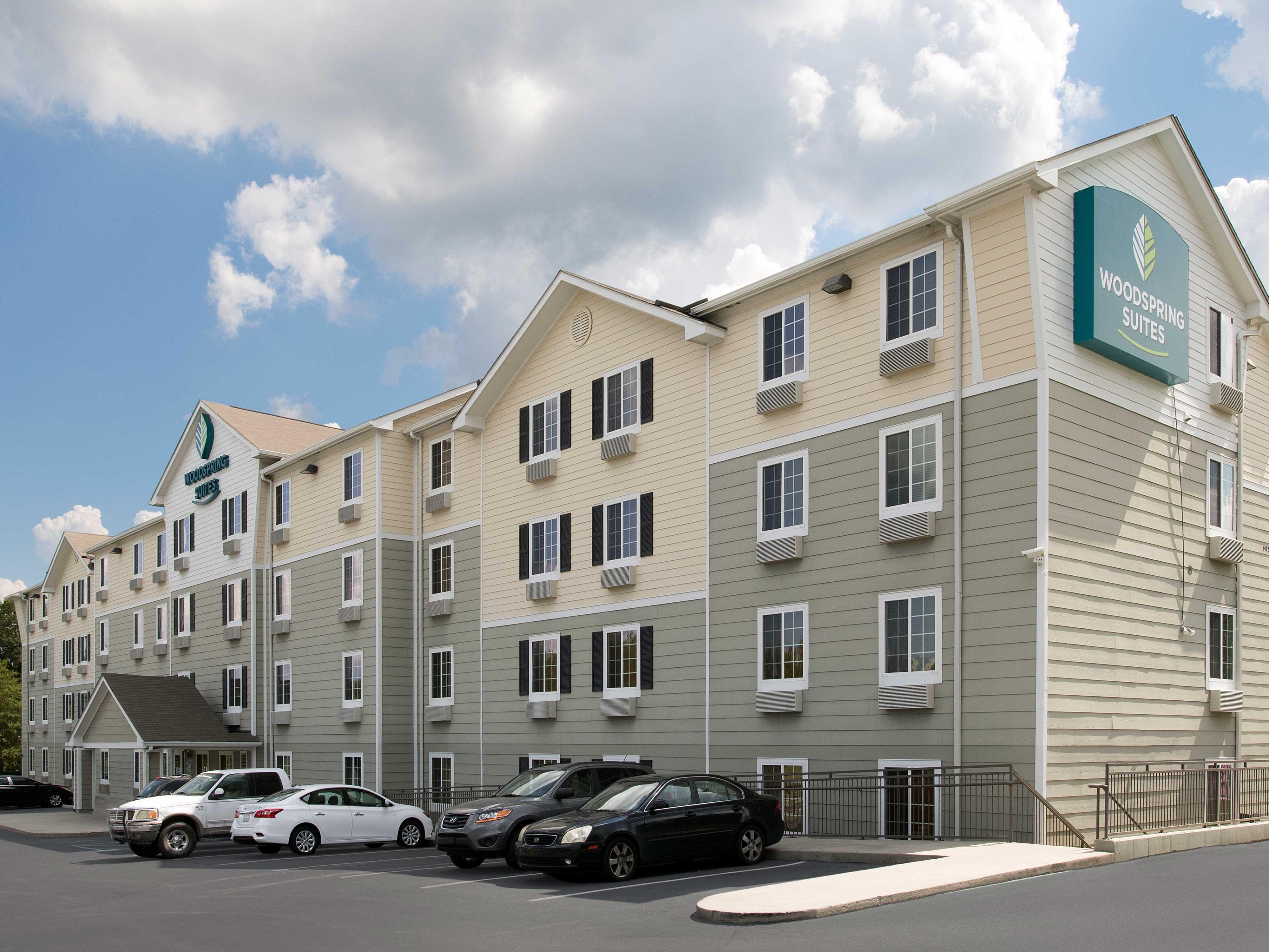WoodSpring Suites Columbia Lexington image 16