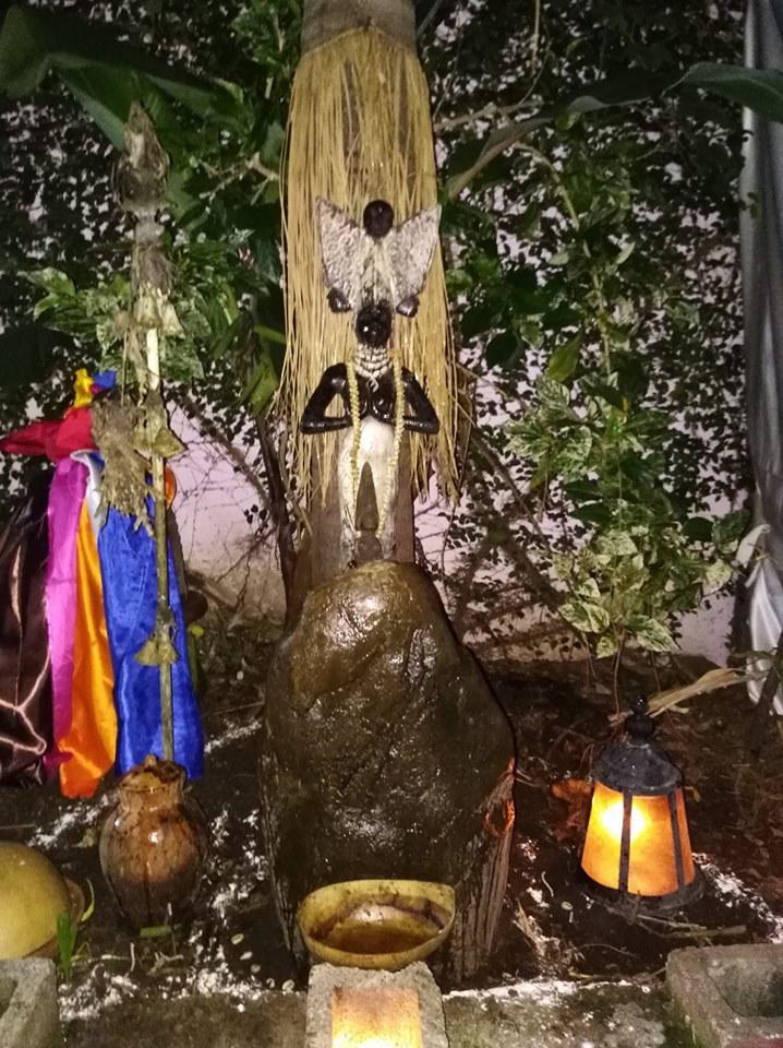 Escuela de Misterios y Costumbres Ancestrales