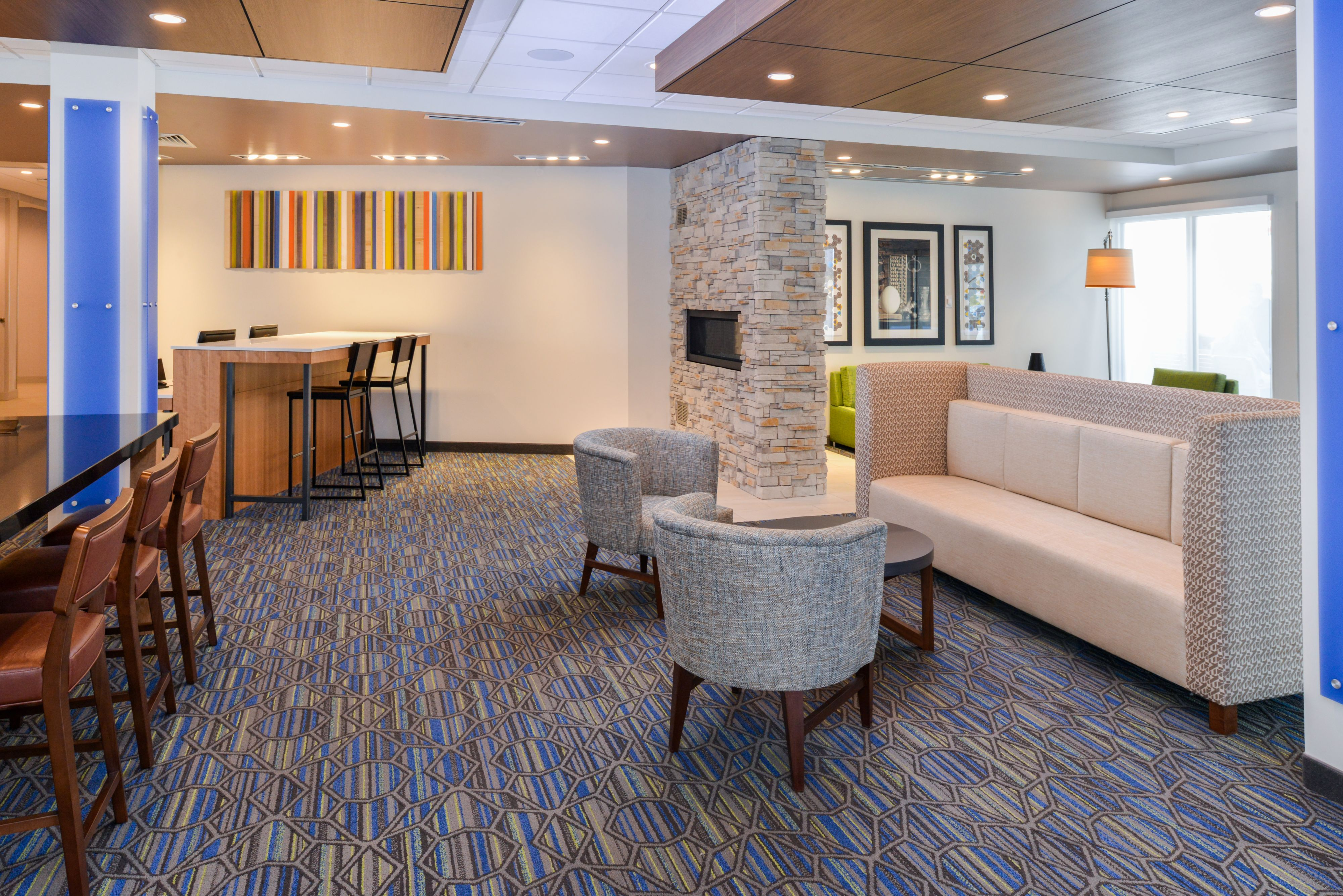 Holiday Inn Express & Suites Ogallala image 5