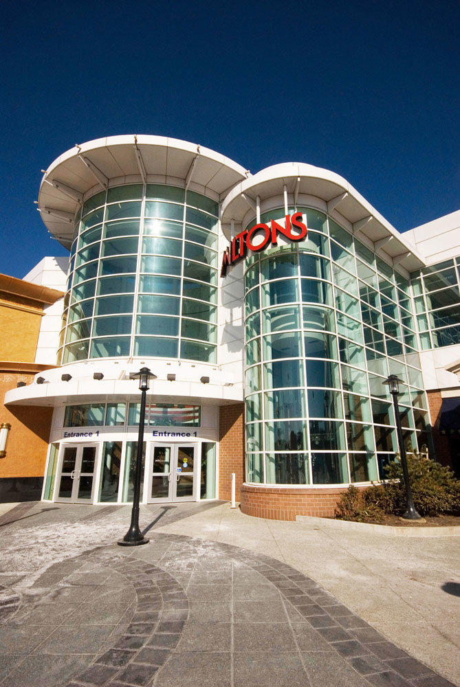 South Shore Plaza serves as one of Boston's and the South Shore's premiere shopping destinations. Conveniently located off I, Rte. 3 and at Exit 6. From the entire team at South Shore Plaza, we hope that you will visit us soon.