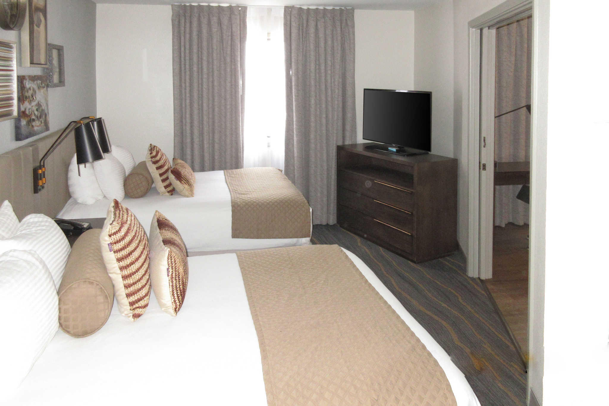 Windmill Suites Surprise, an Ascend Hotel Collection Member image 5