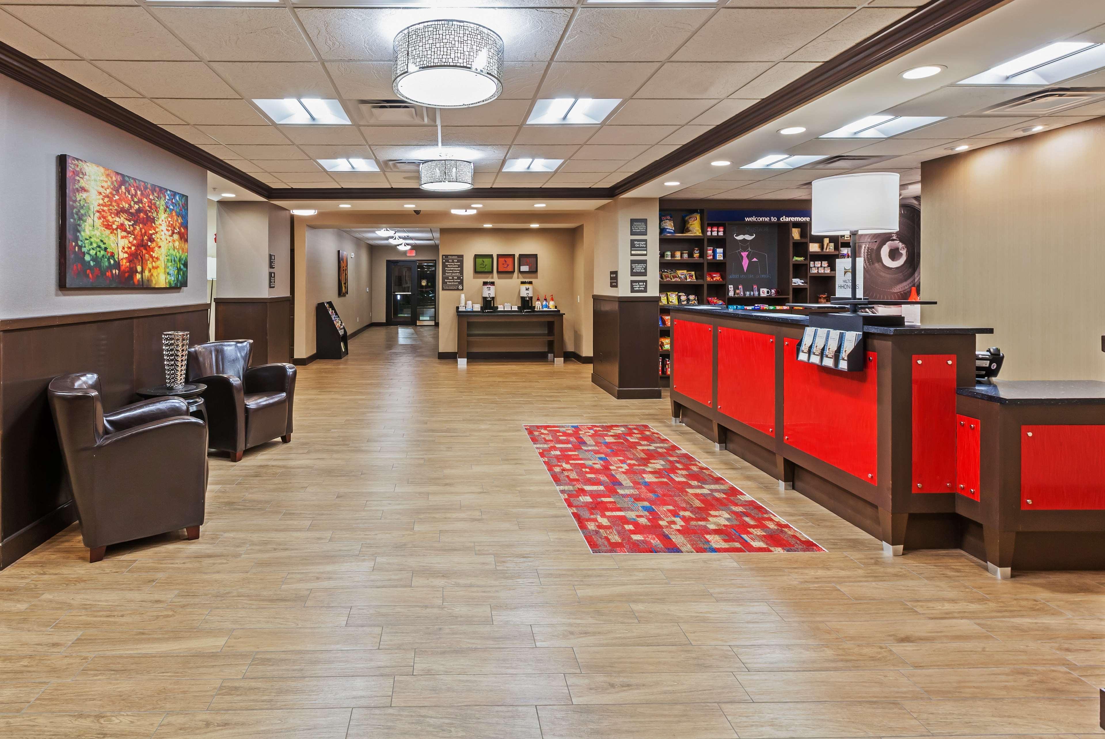 Hampton Inn & Suites Claremore image 7