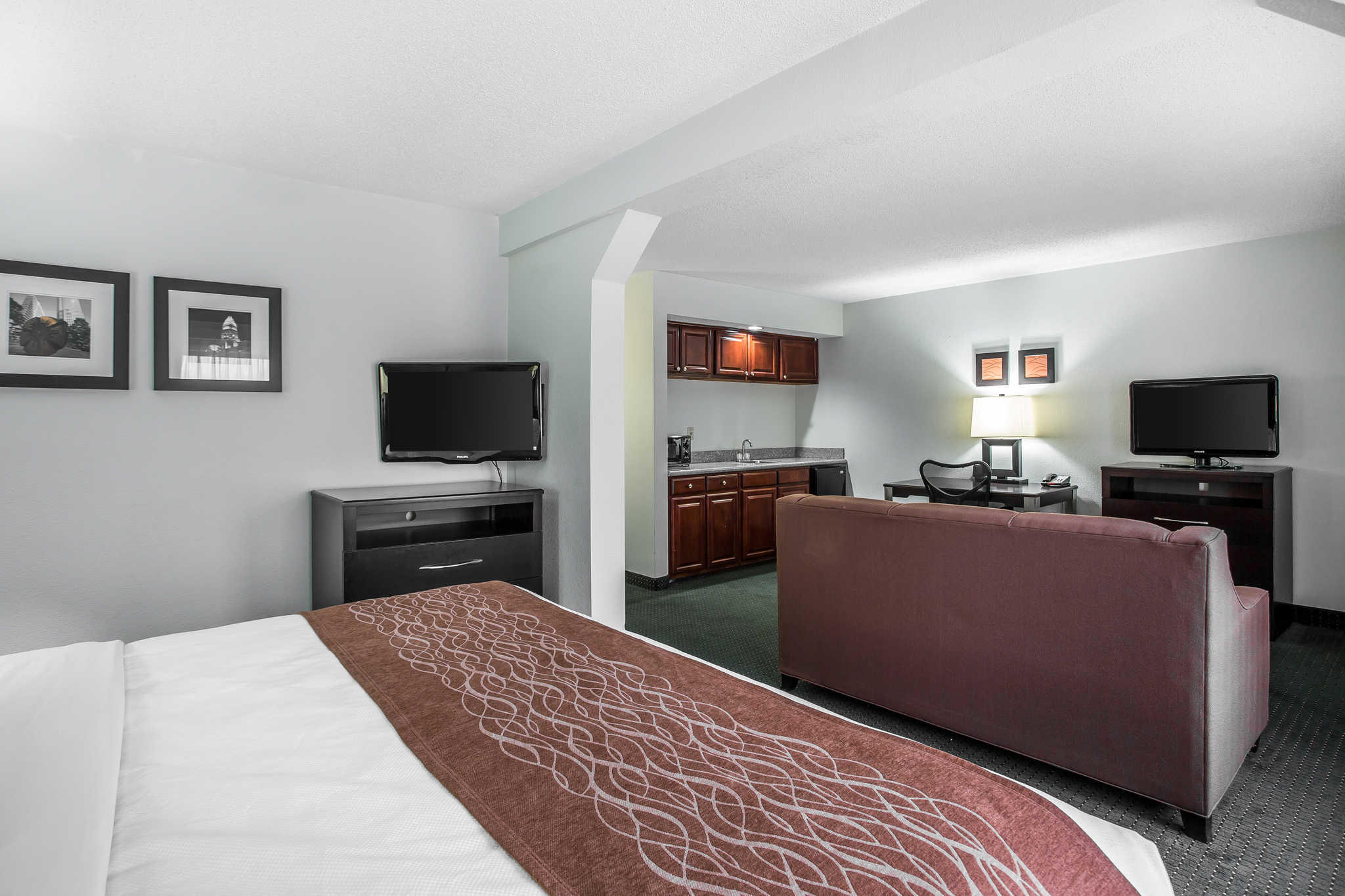 Comfort Inn & Suites Lake Norman image 18