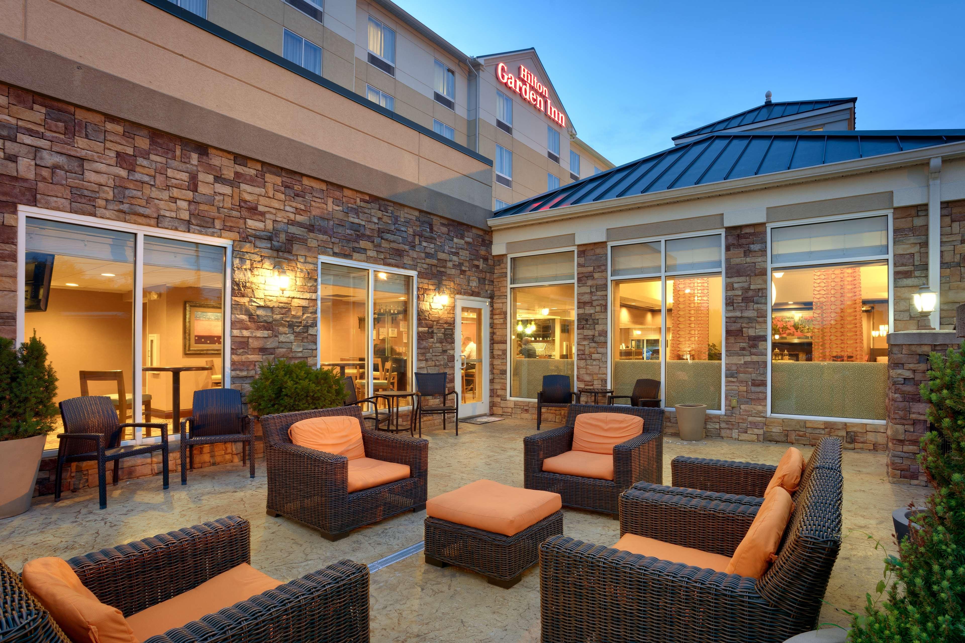 Hilton Garden Inn Clarksville image 0