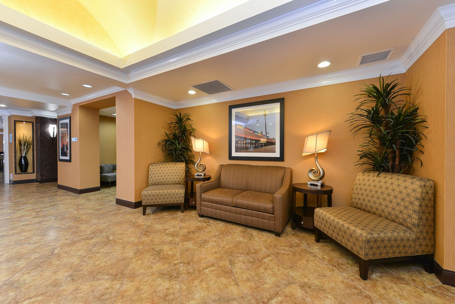 Holiday Inn Express & Suites Palm Coast - Flagler Bch Area image 4