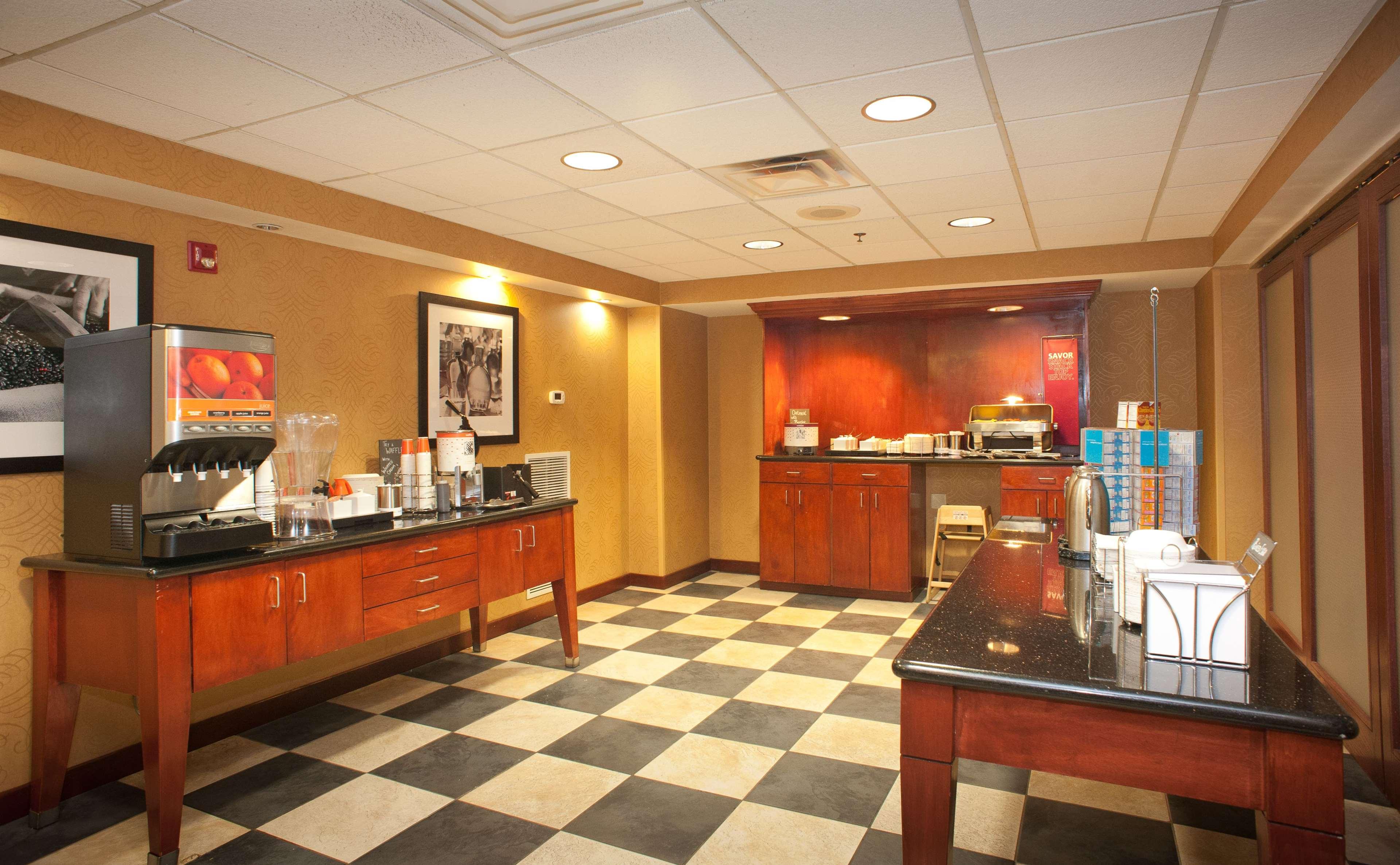Hampton Inn & Suites Thibodaux image 5