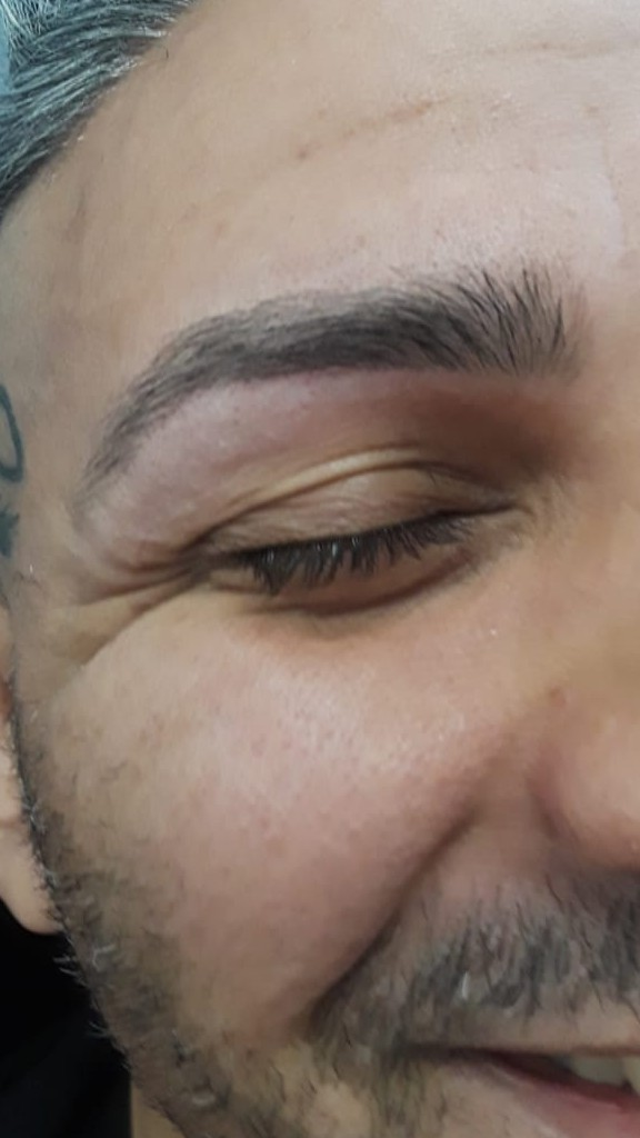 Roya Eyebrows Threading image 4