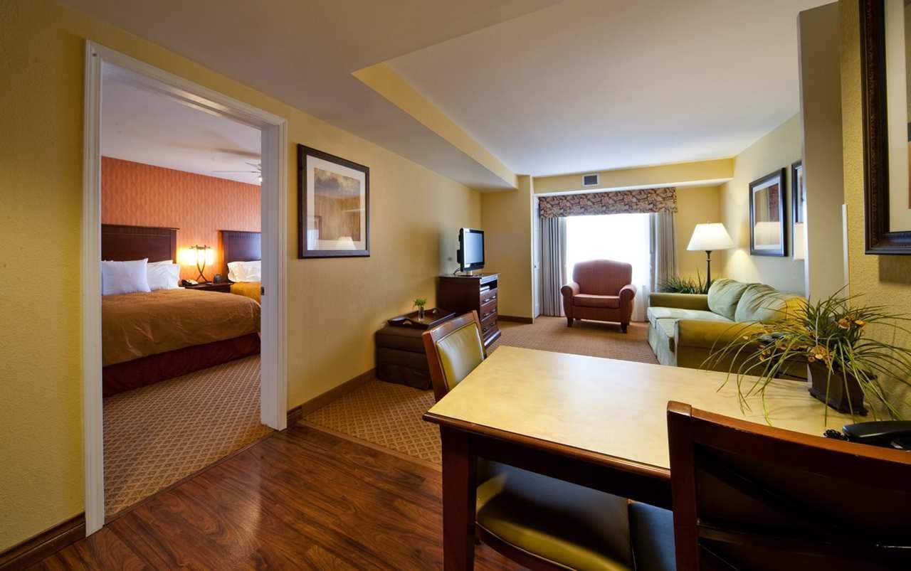 Homewood Suites by Hilton Denver International Airport image 0