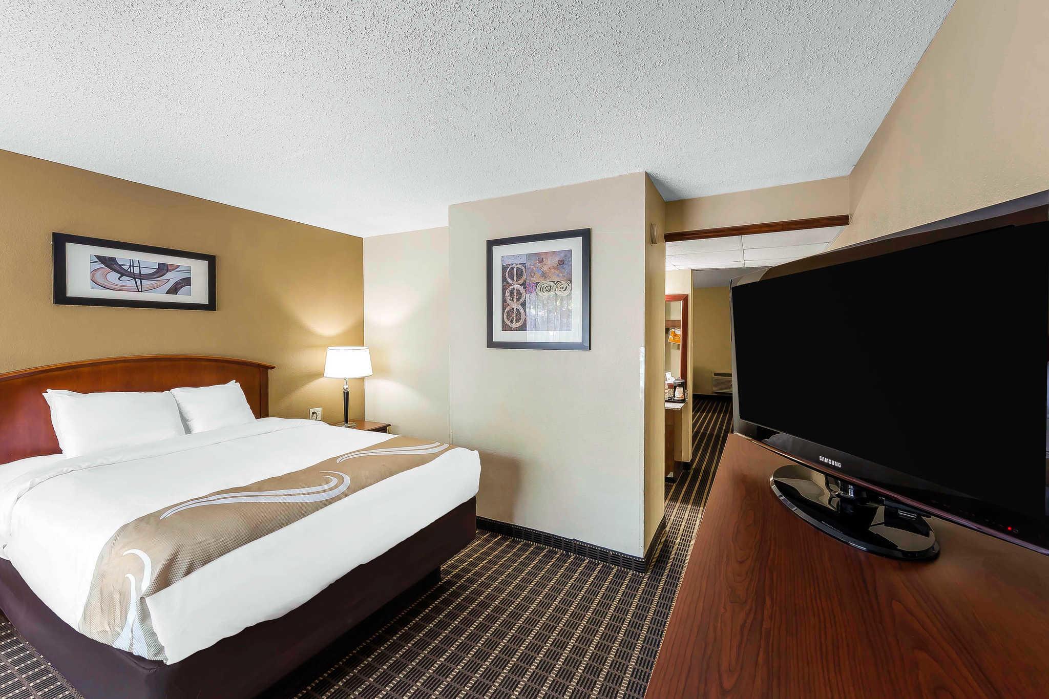 Quality Inn & Suites River Suites image 11