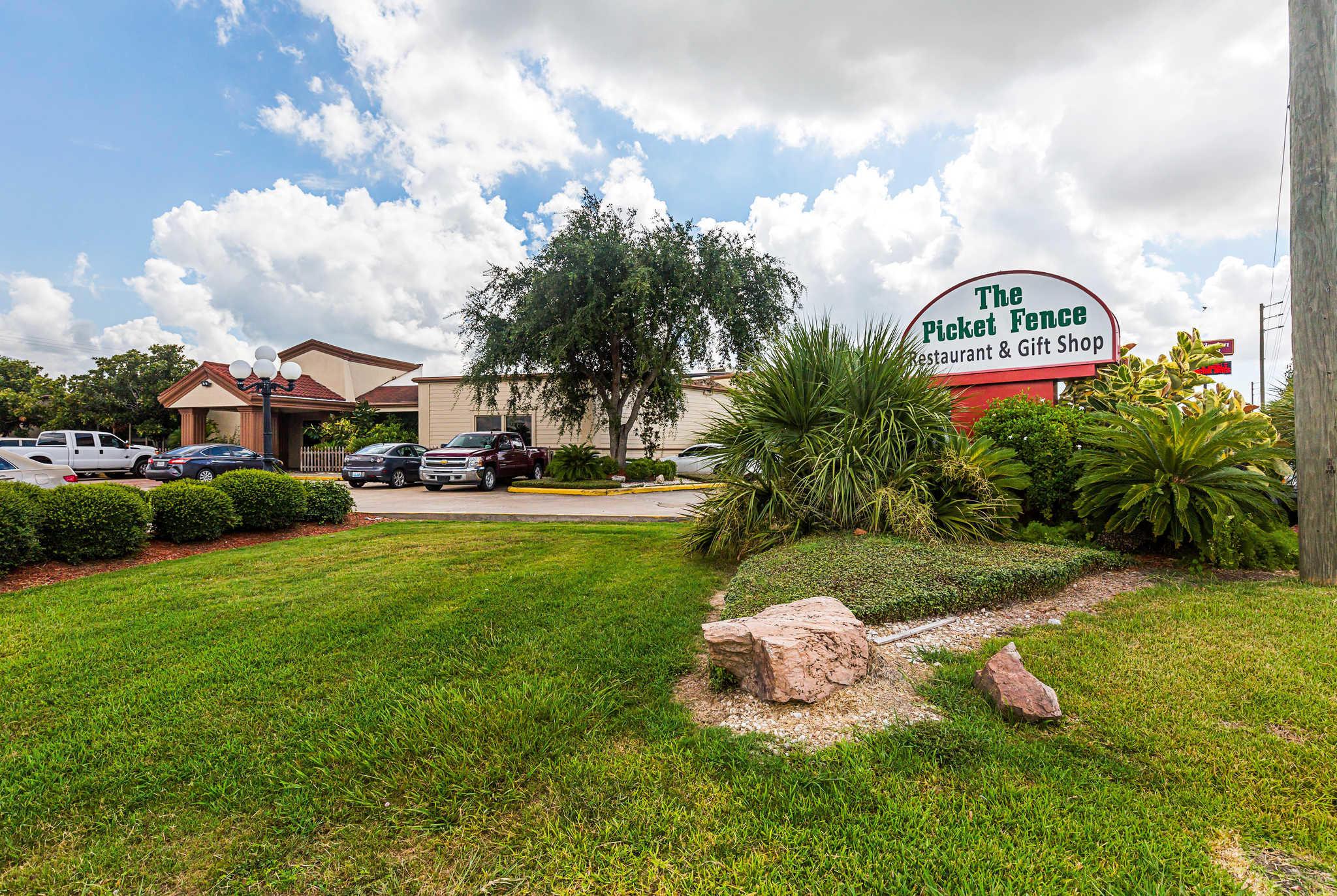 Clarion Inn image 43