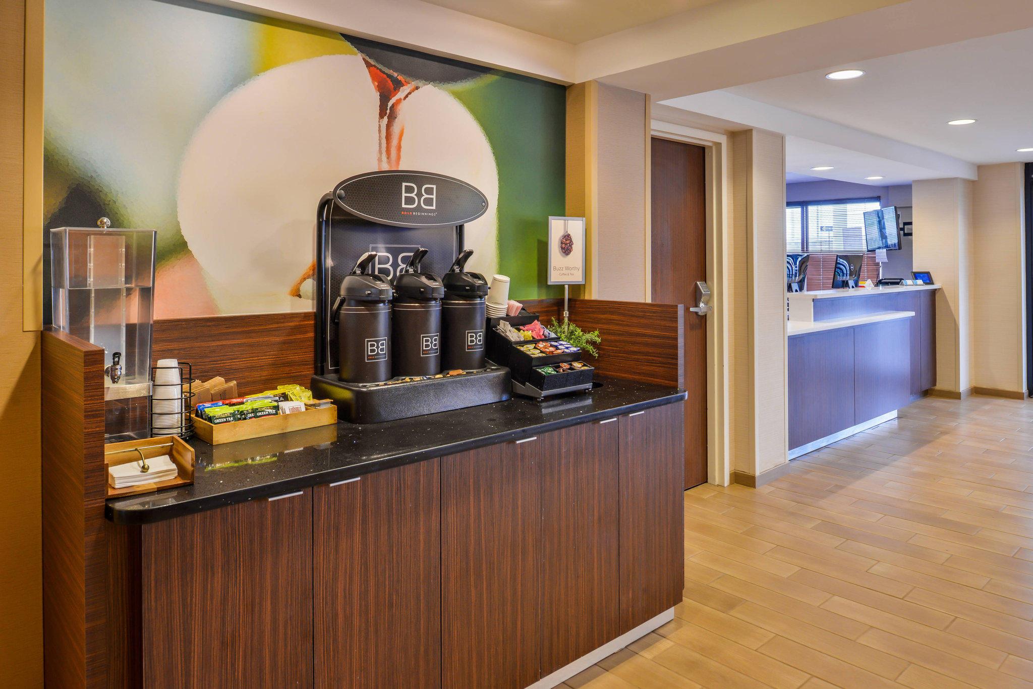 Fairfield Inn by Marriott Rochester Airport