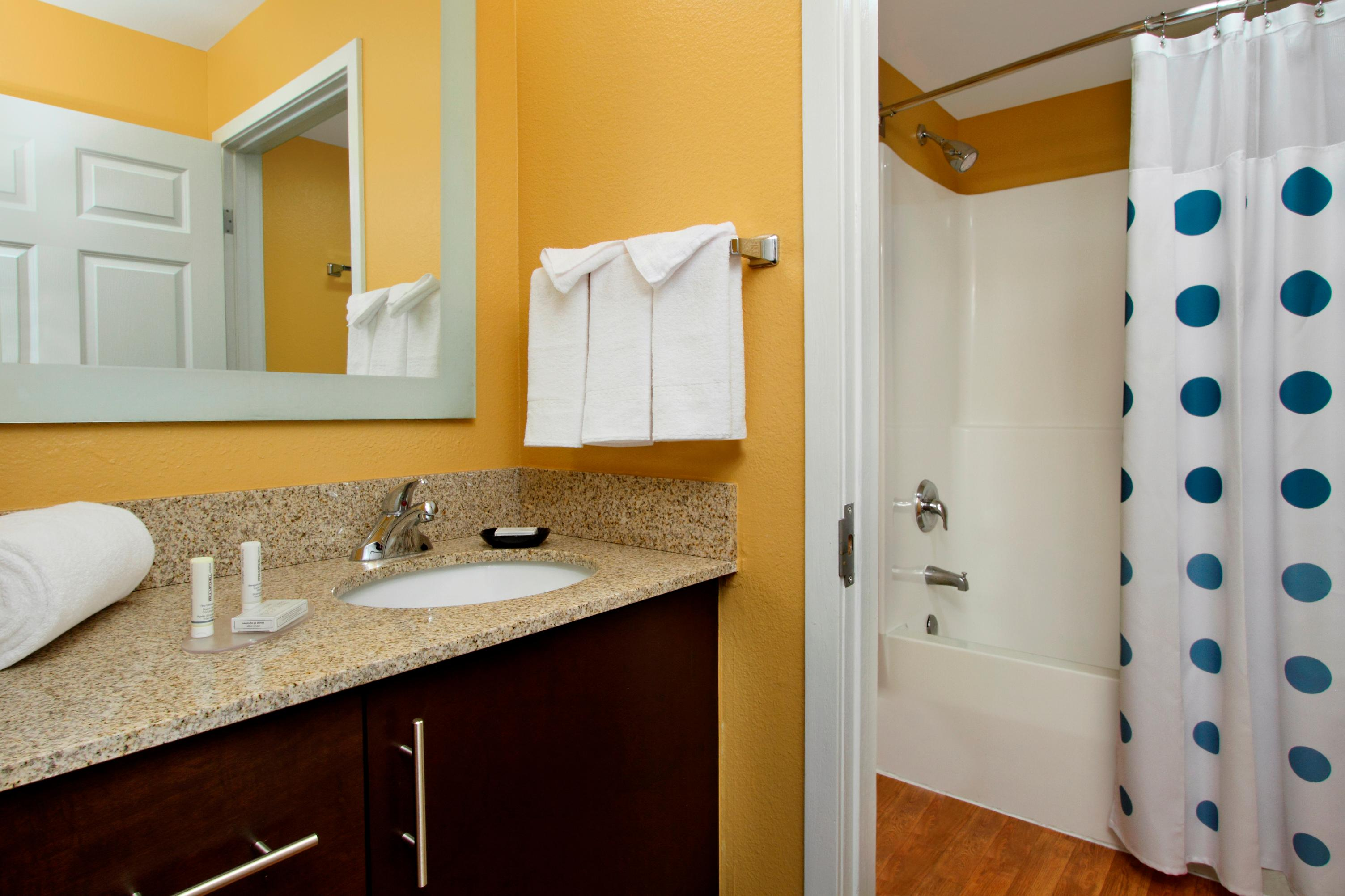 TownePlace Suites by Marriott Newark Silicon Valley image 9