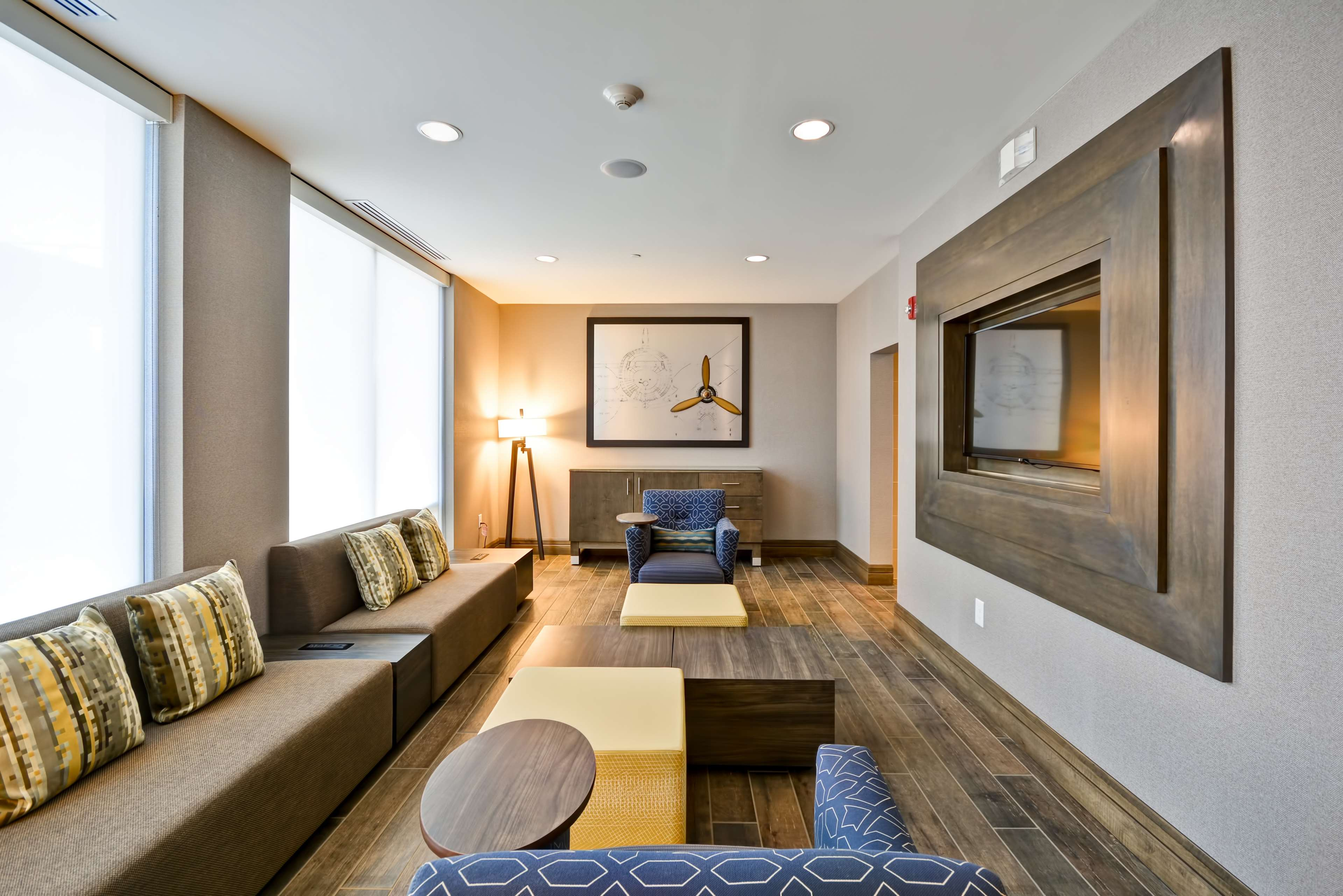 Home2 Suites by Hilton  St. Simons Island image 8