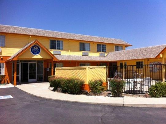 Americas Best Value Inn Dunnigan image 1