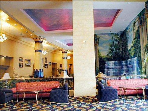 Crowne Plaza Los Angeles-Commerce Casino image 2