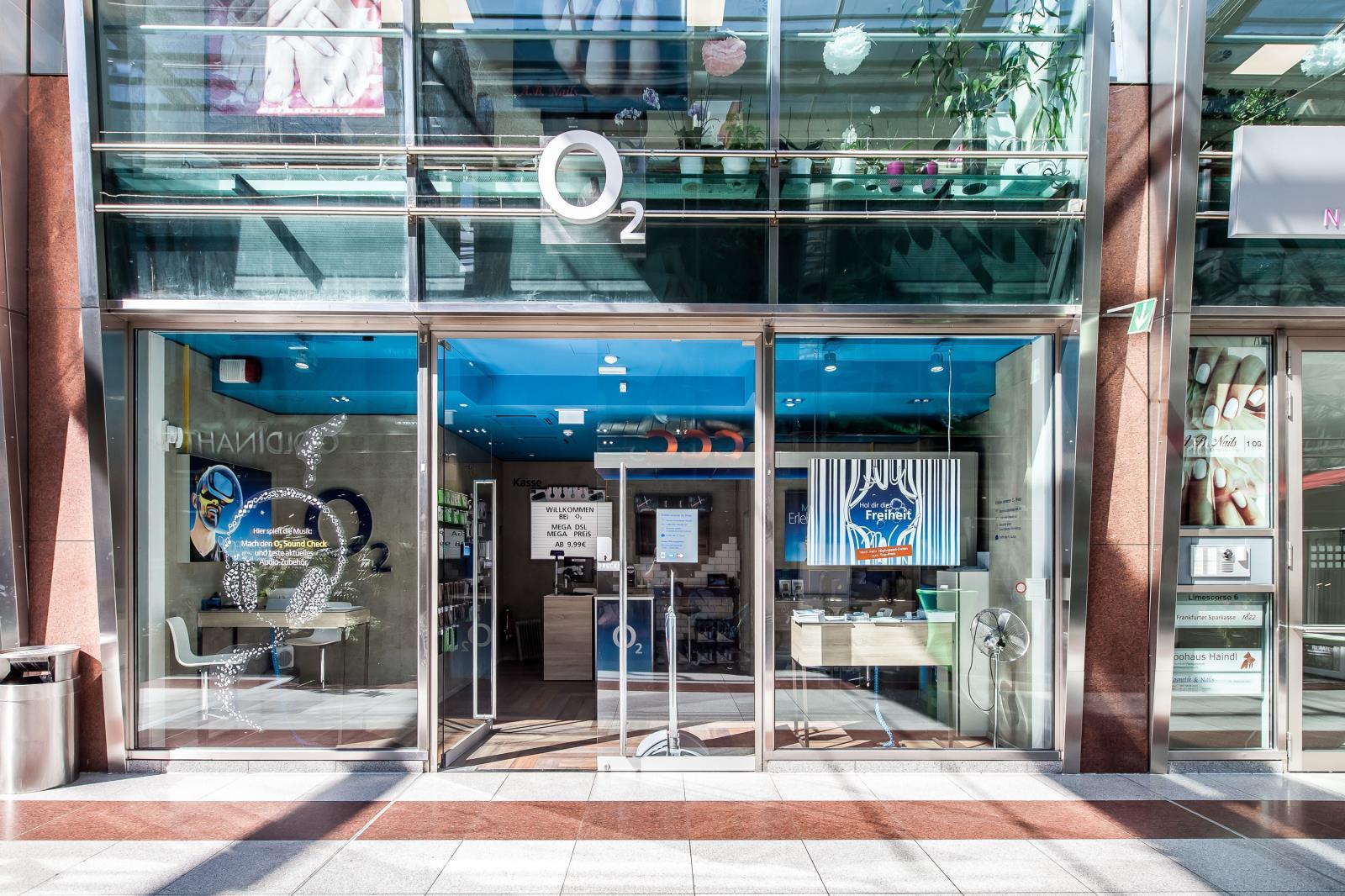 o2 Shop, Limescorso 6 in Frankfurt am Main