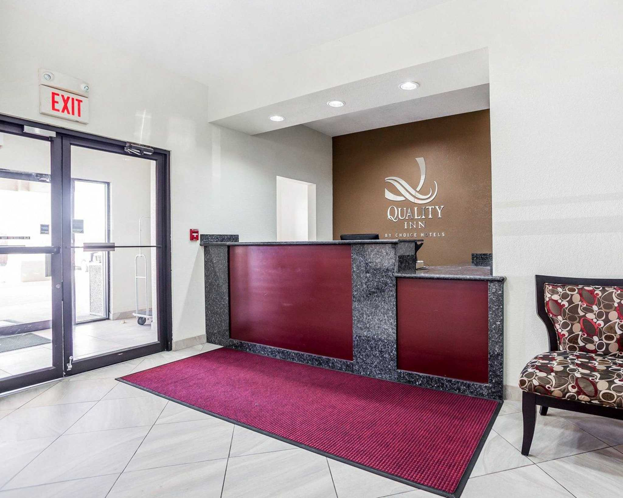 Quality Inn & Suites Altoona - Des Moines image 16