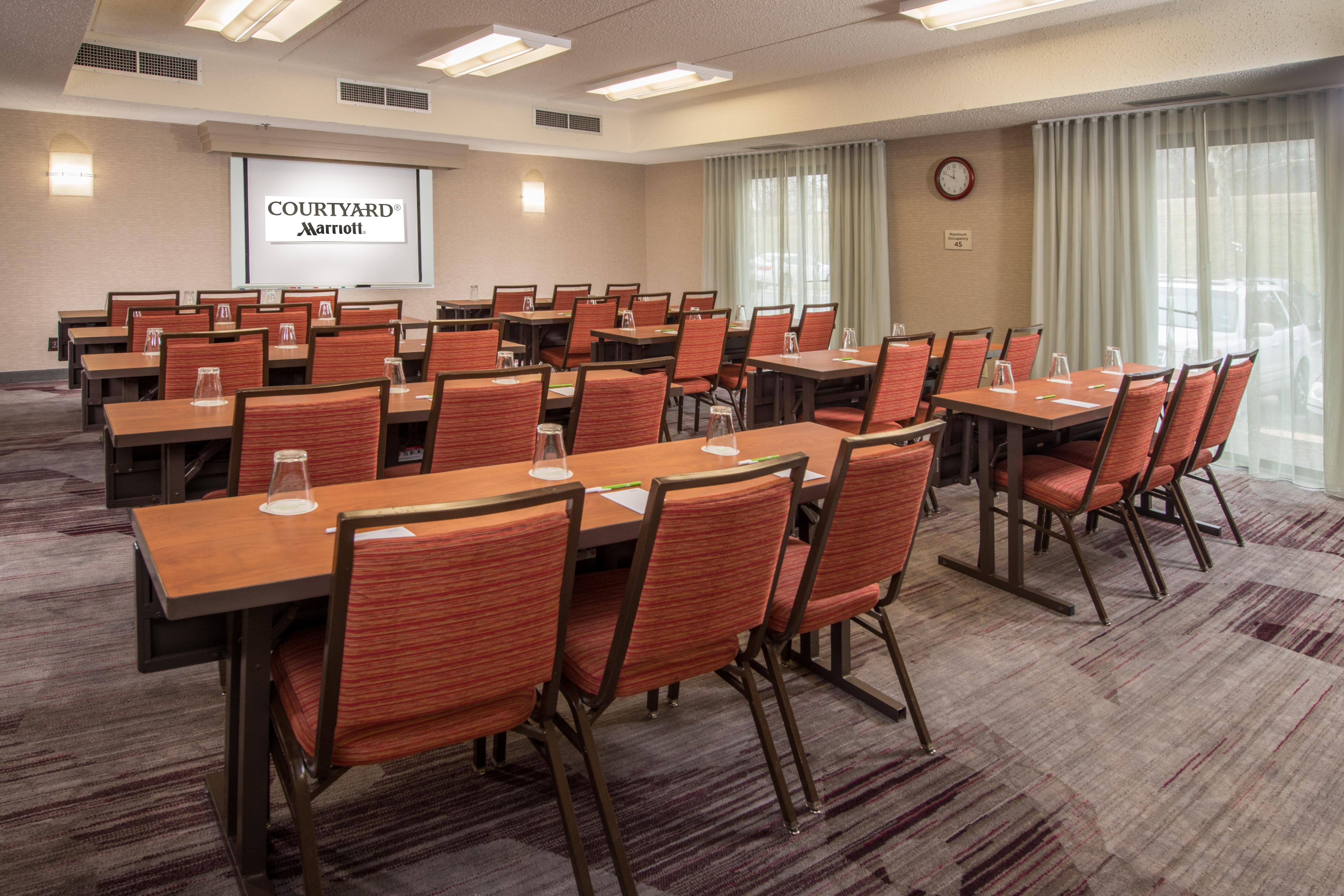 Courtyard by Marriott Baltimore BWI Airport image 13