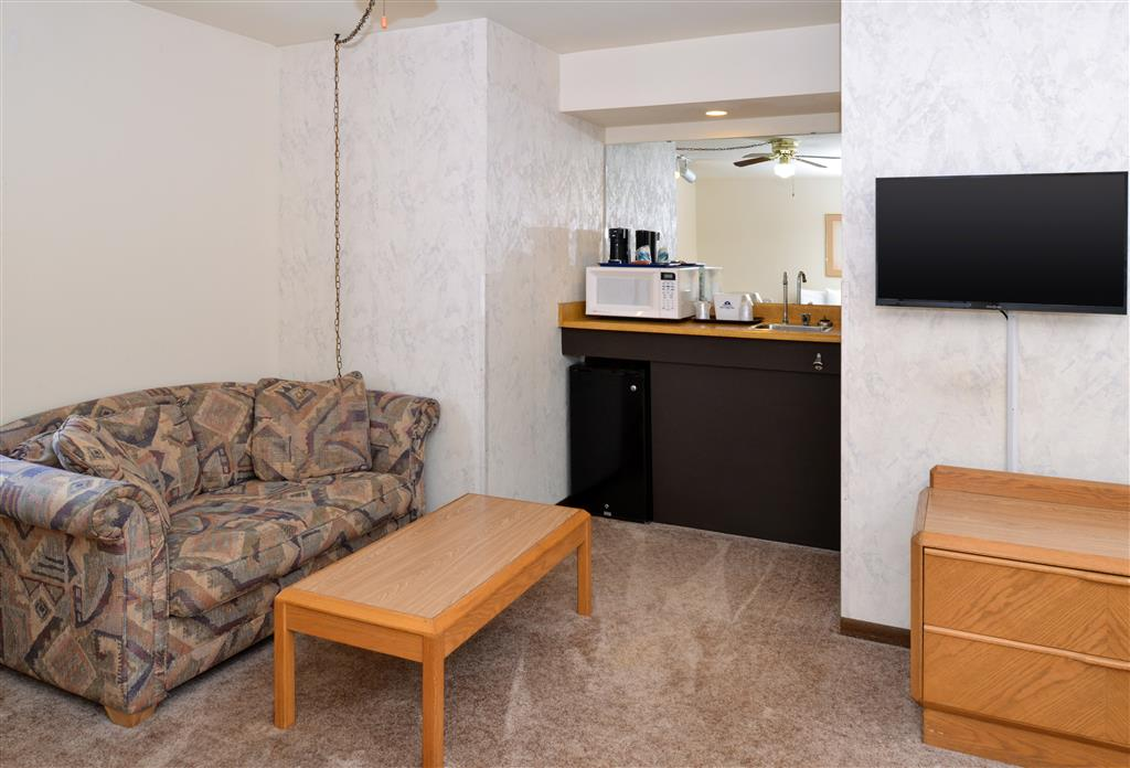 Americas Best Value Inn La Crosse image 22