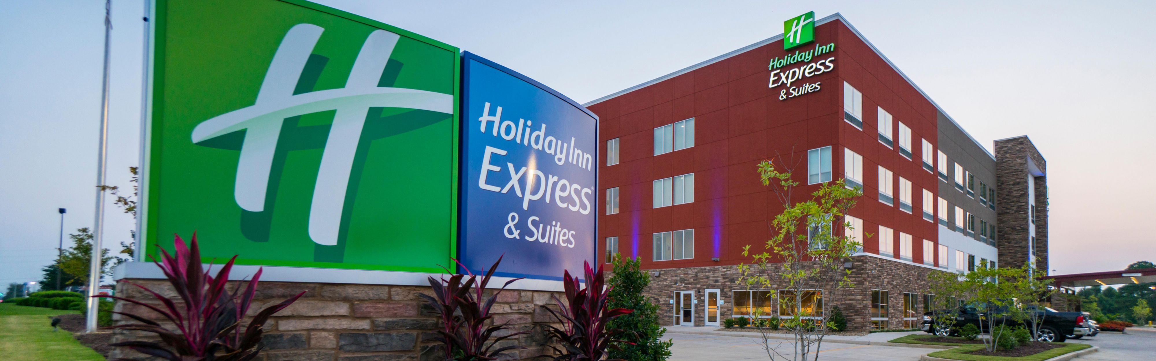 Holiday Inn Express & Suites Southaven Central - Memphis image 0