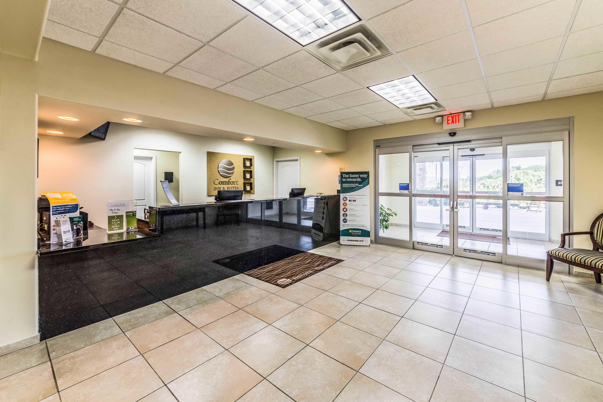 Comfort Inn & Suites Barnesville - Frackville image 3