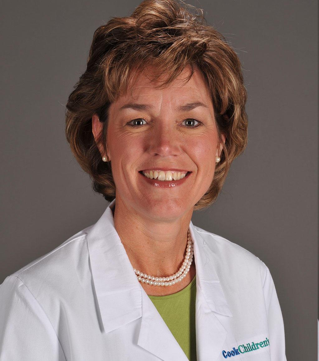 Headshot of Deborah Schutte