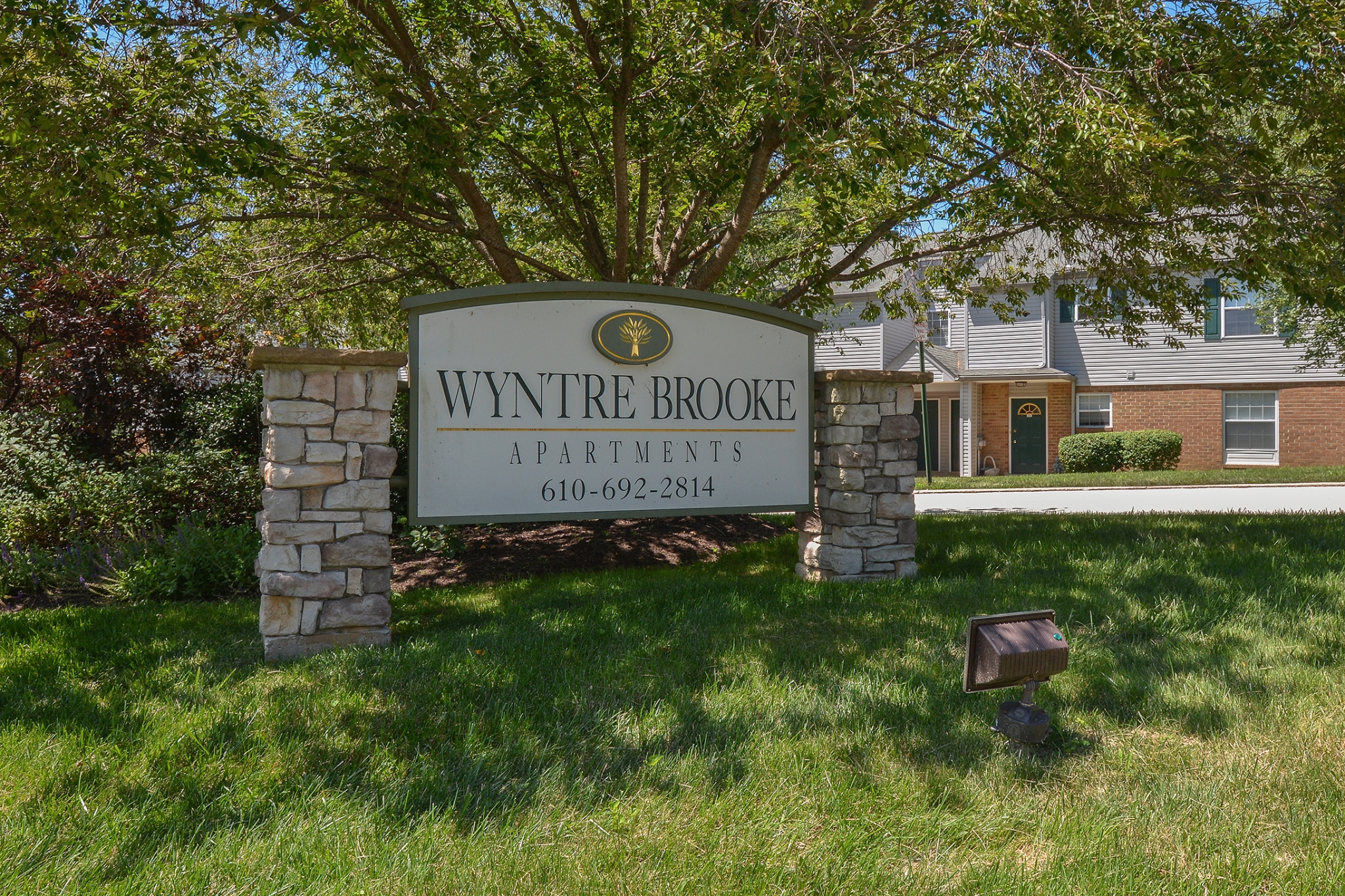 Wyntre Brooke Apartments image 0